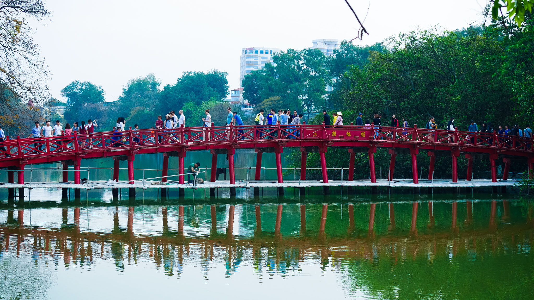Hanoi - Brücke Cau The Huc