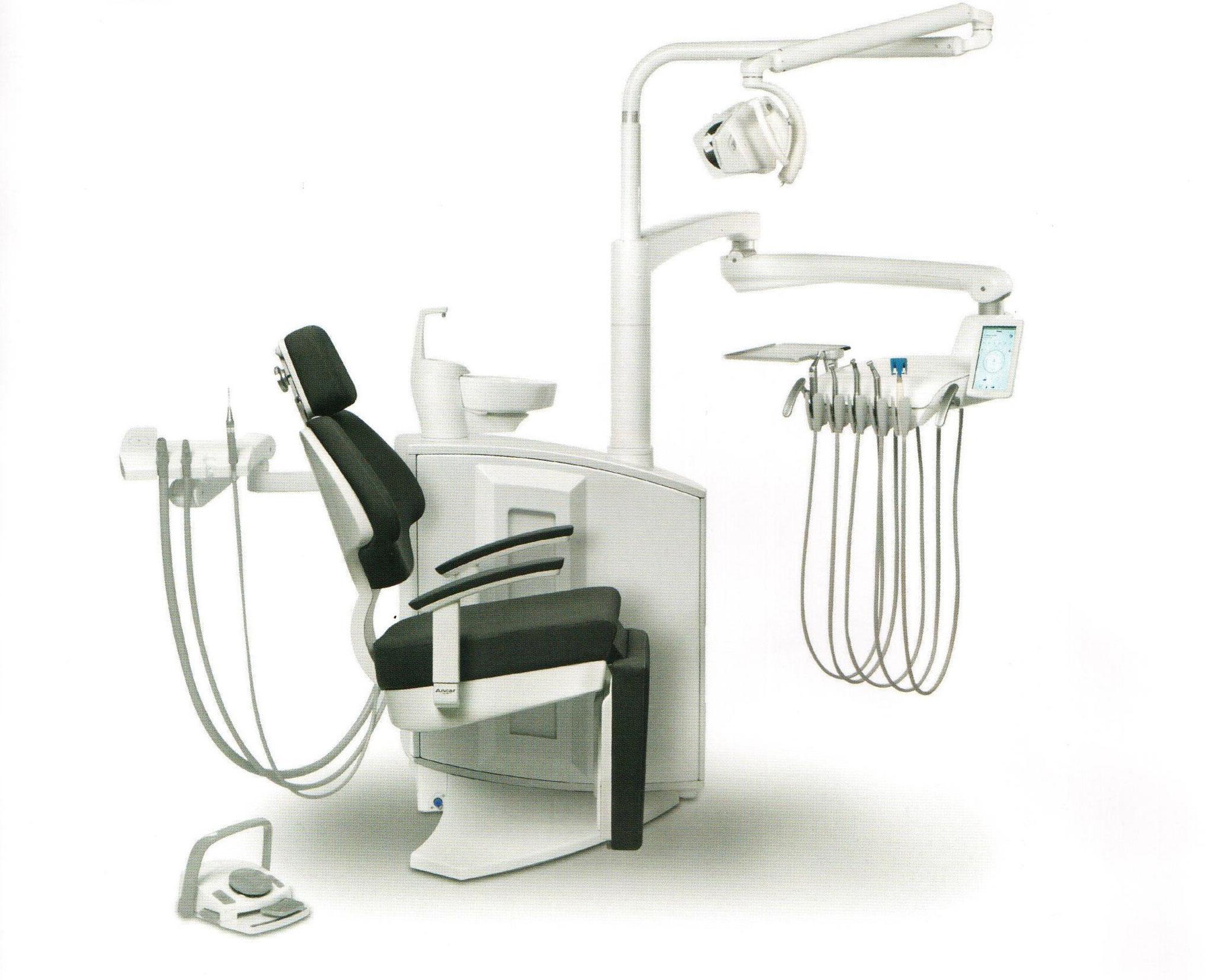 S5 H - elektronische Behandlungseinheit mit Schwebetisch (Stuhl mit Fußteil um 90° abklappbar)