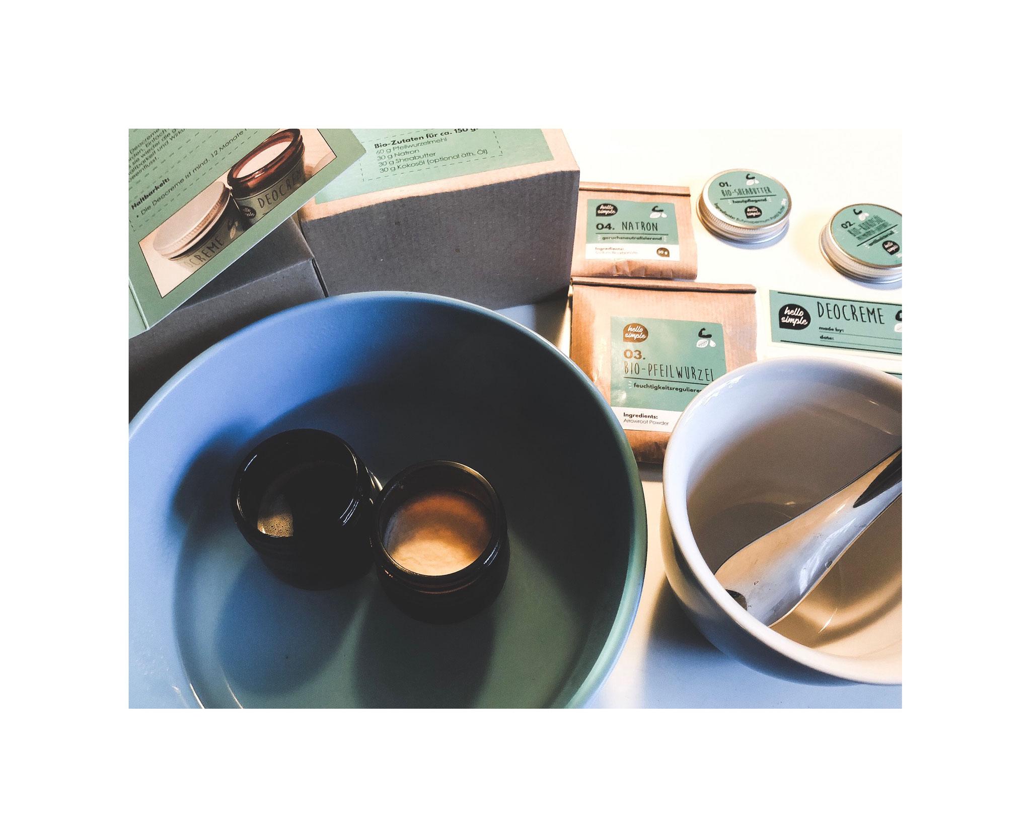 Kokosöl und Sheabutter im Wasserbad schmelzen