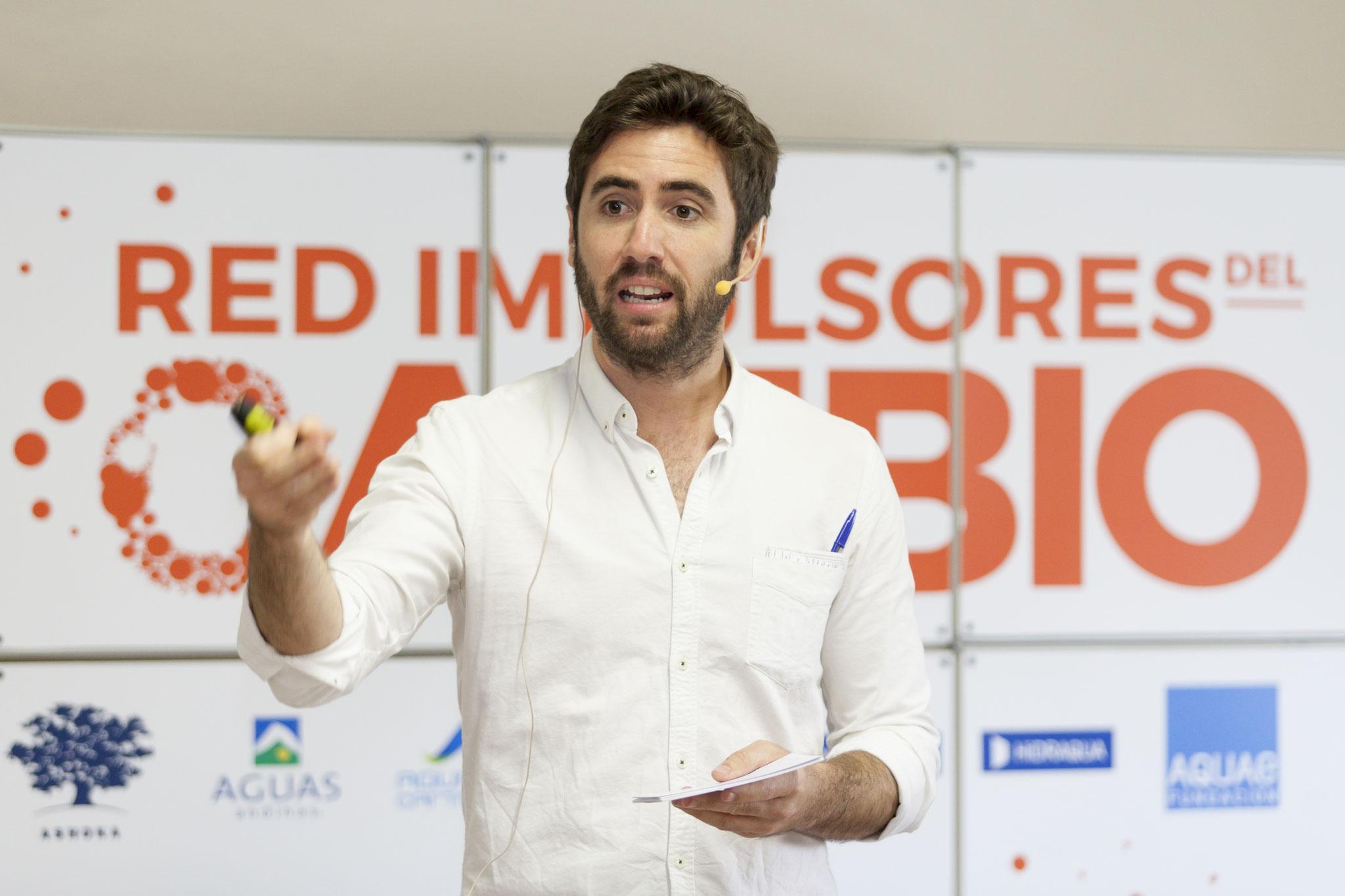 Tito Spinola - Presentador