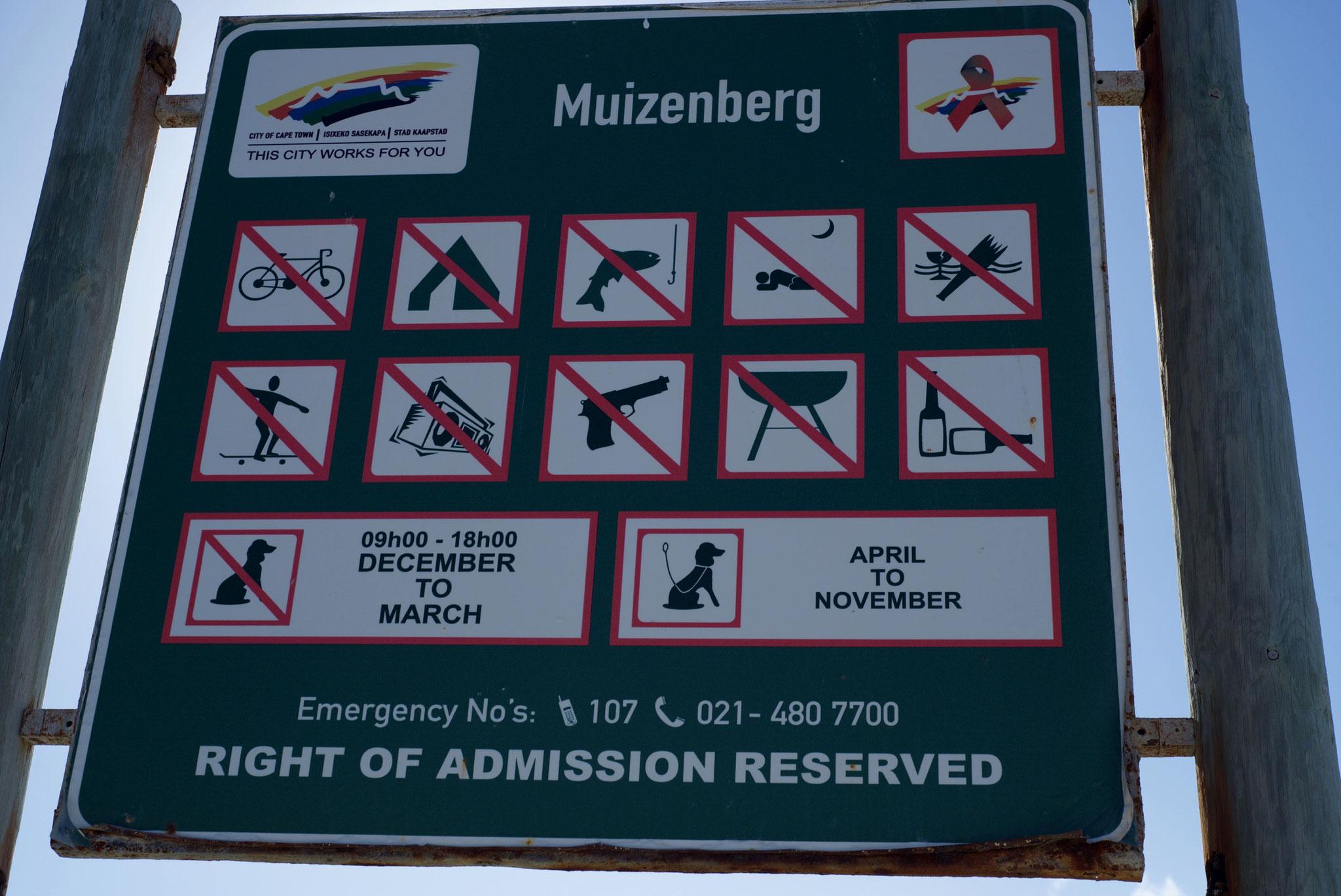 Am Strand von Muizenberg gibt es klare Regeln