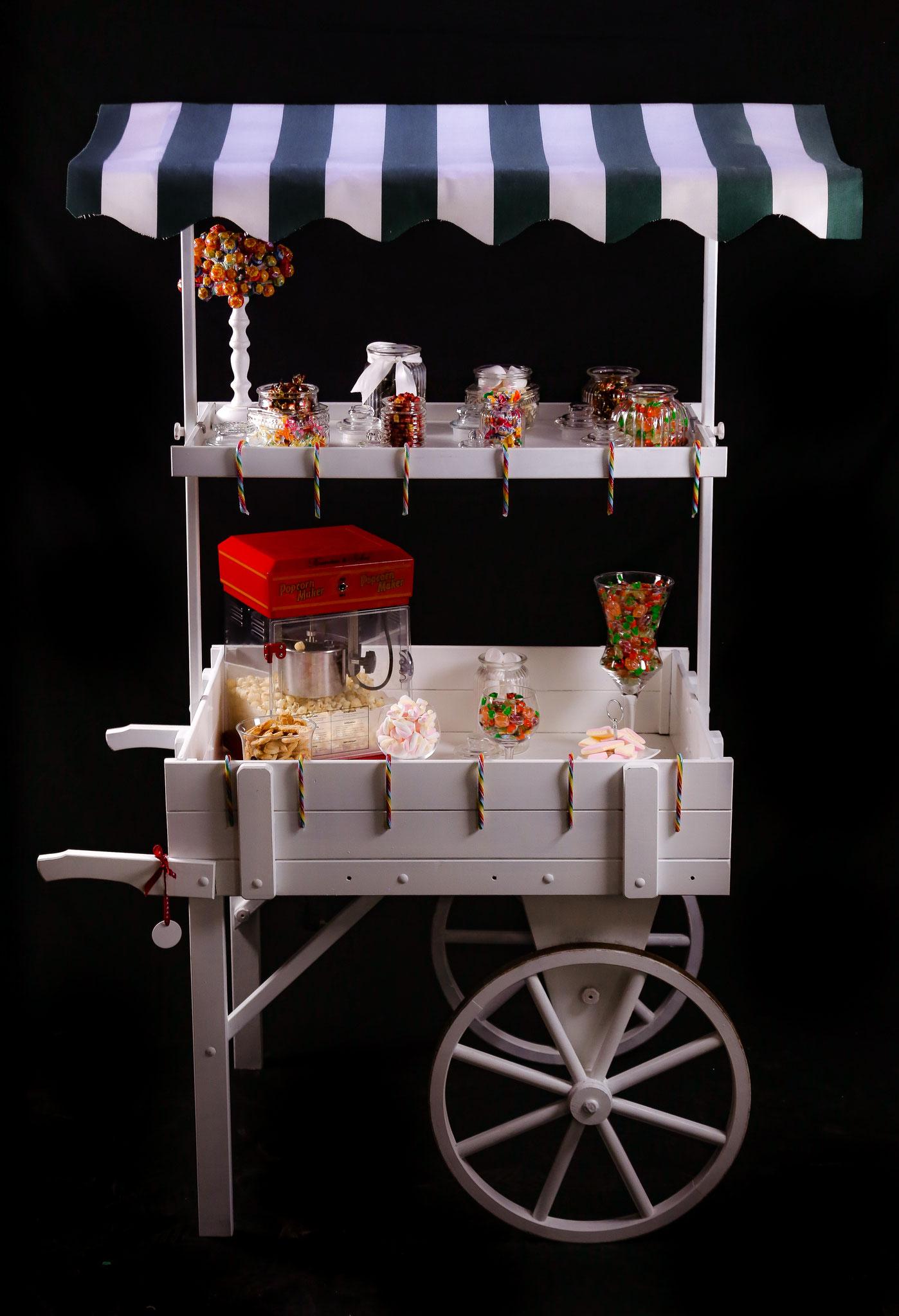 Dekorative Candybar im 50er Jahre Style
