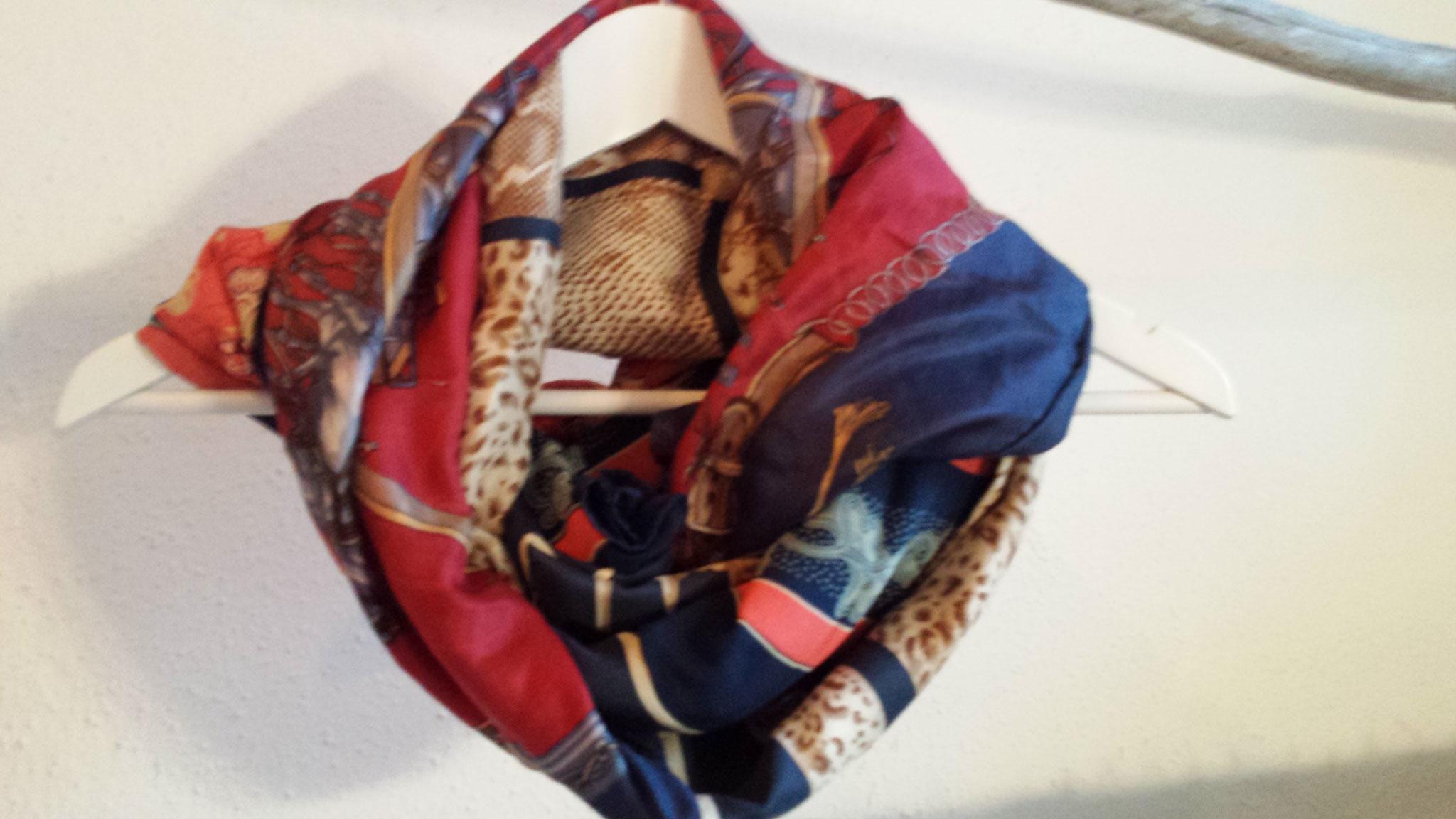 Schal aus drei großen Seidentüchern, verkauft, Idee und Ausführung: Beate Gernhardt
