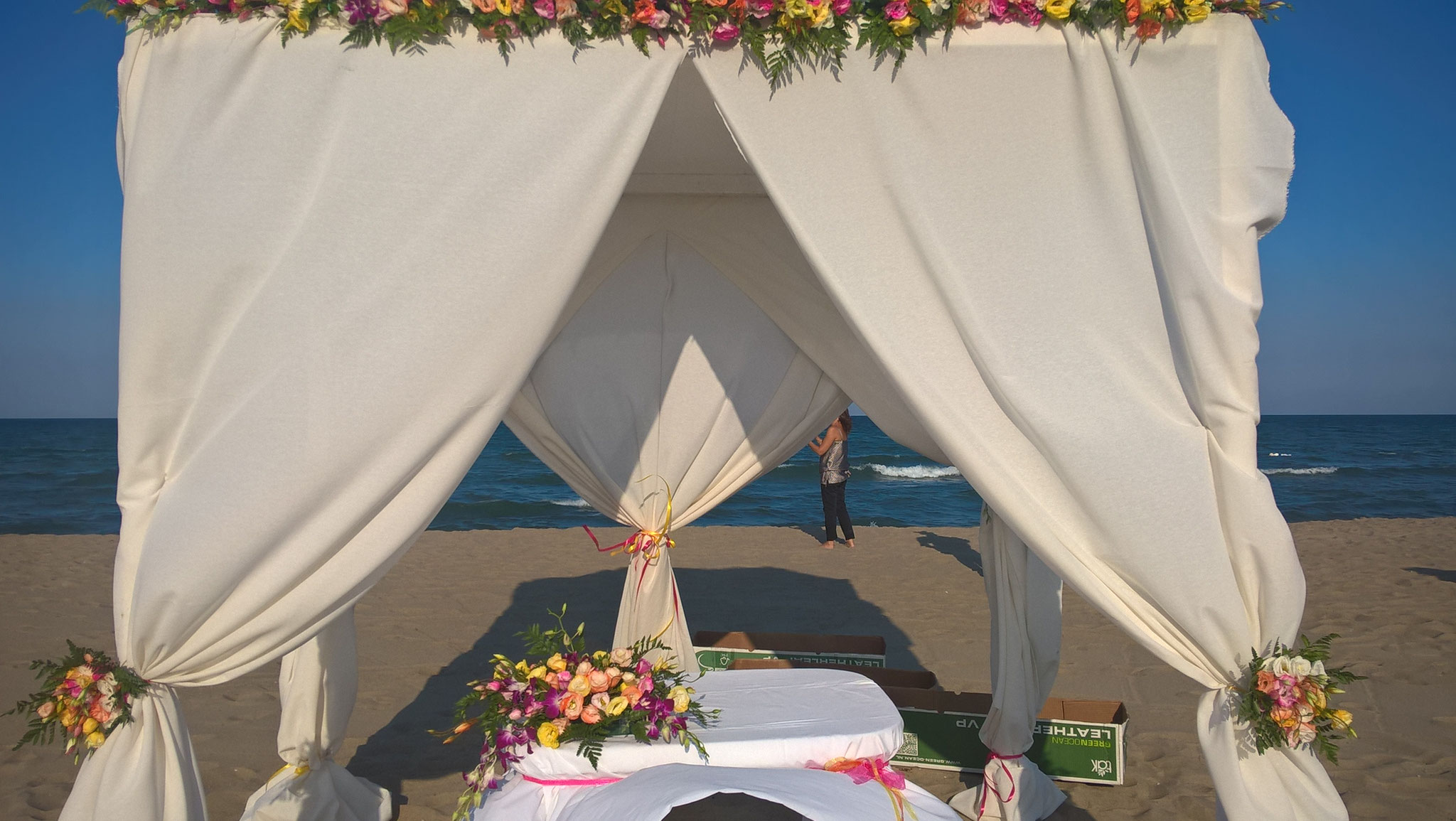 Matrimonio In Spiaggia Sicilia : Matrimonio in spiaggia sicilia beach wedding roxana