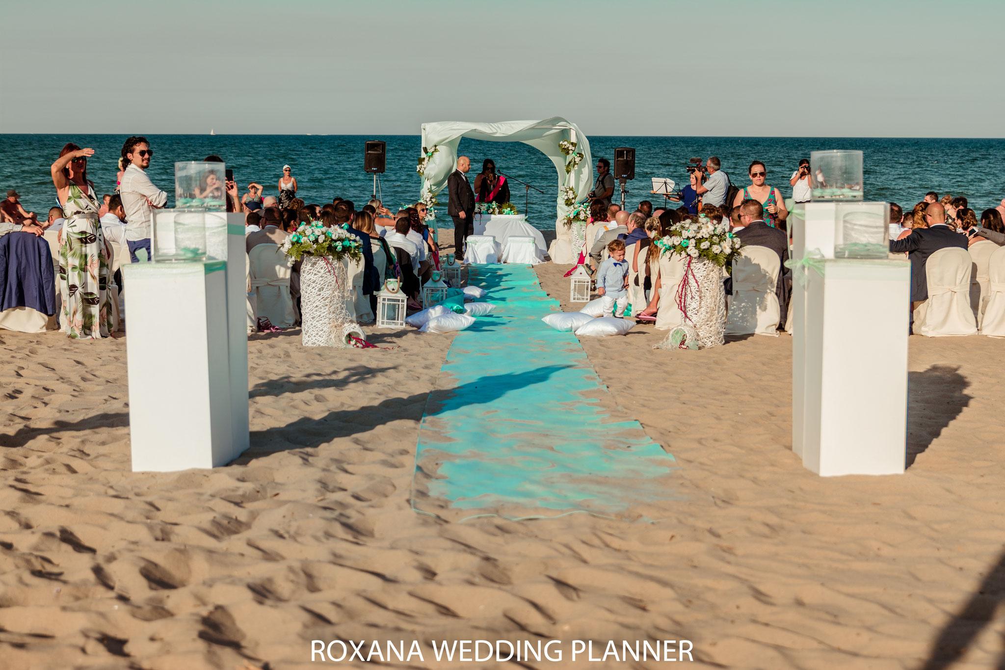 Matrimonio Spiaggia Catania : Matrimonio in spiaggia sicilia beach wedding roxana