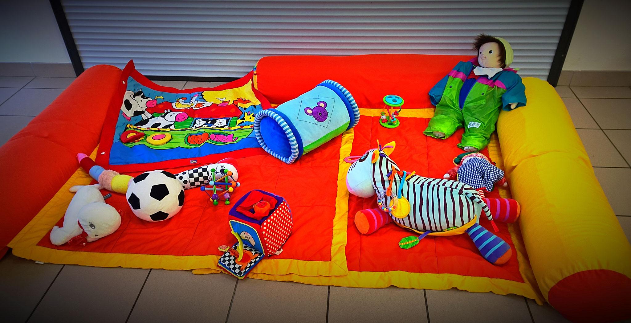 jeux d'exercice - éveil sensoriel