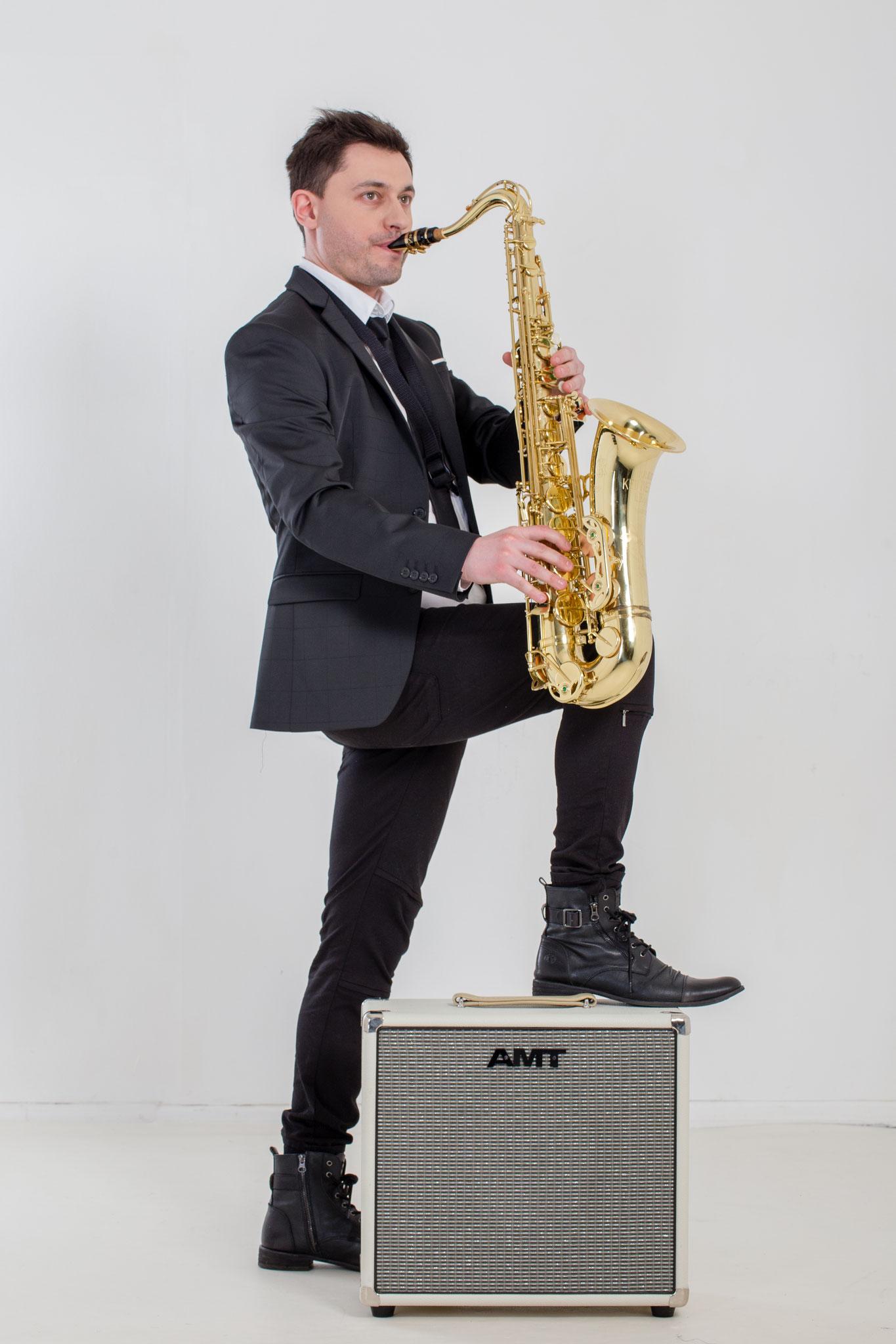 Andrey Zaychikov (Sax)