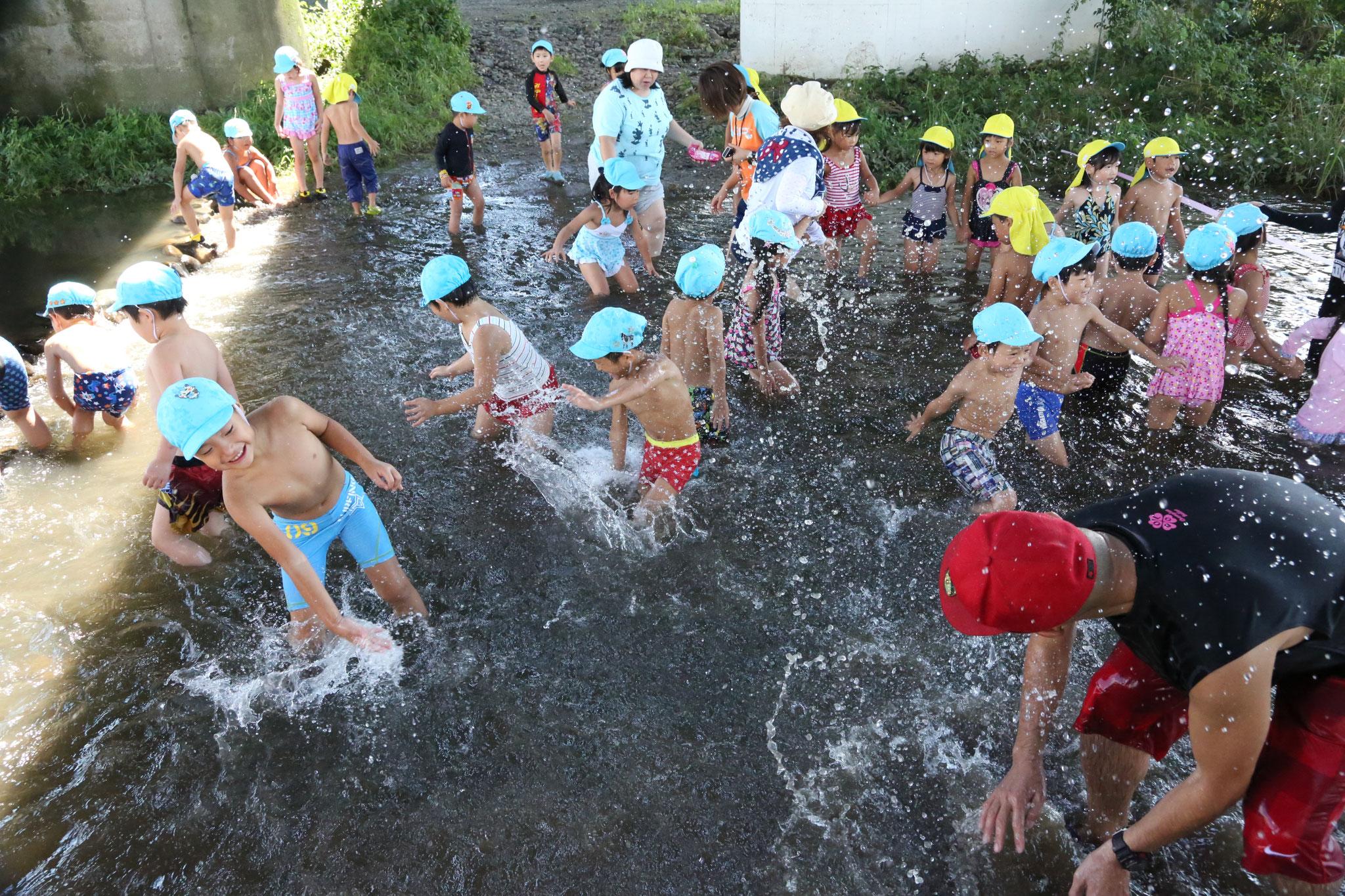 8月 川遊び・鬼怒川で水遊び