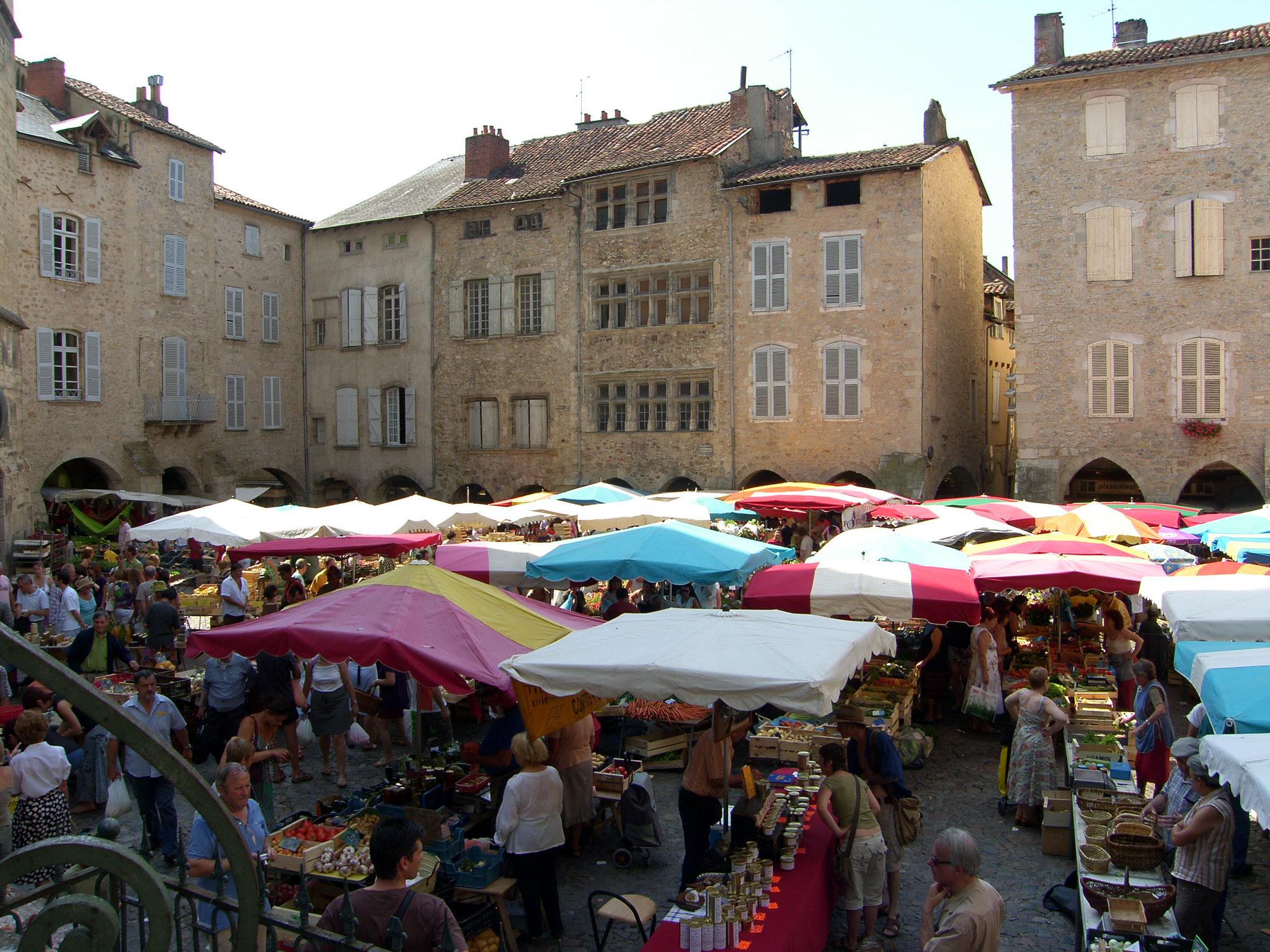 Le marché de Villefranche de Rouergue