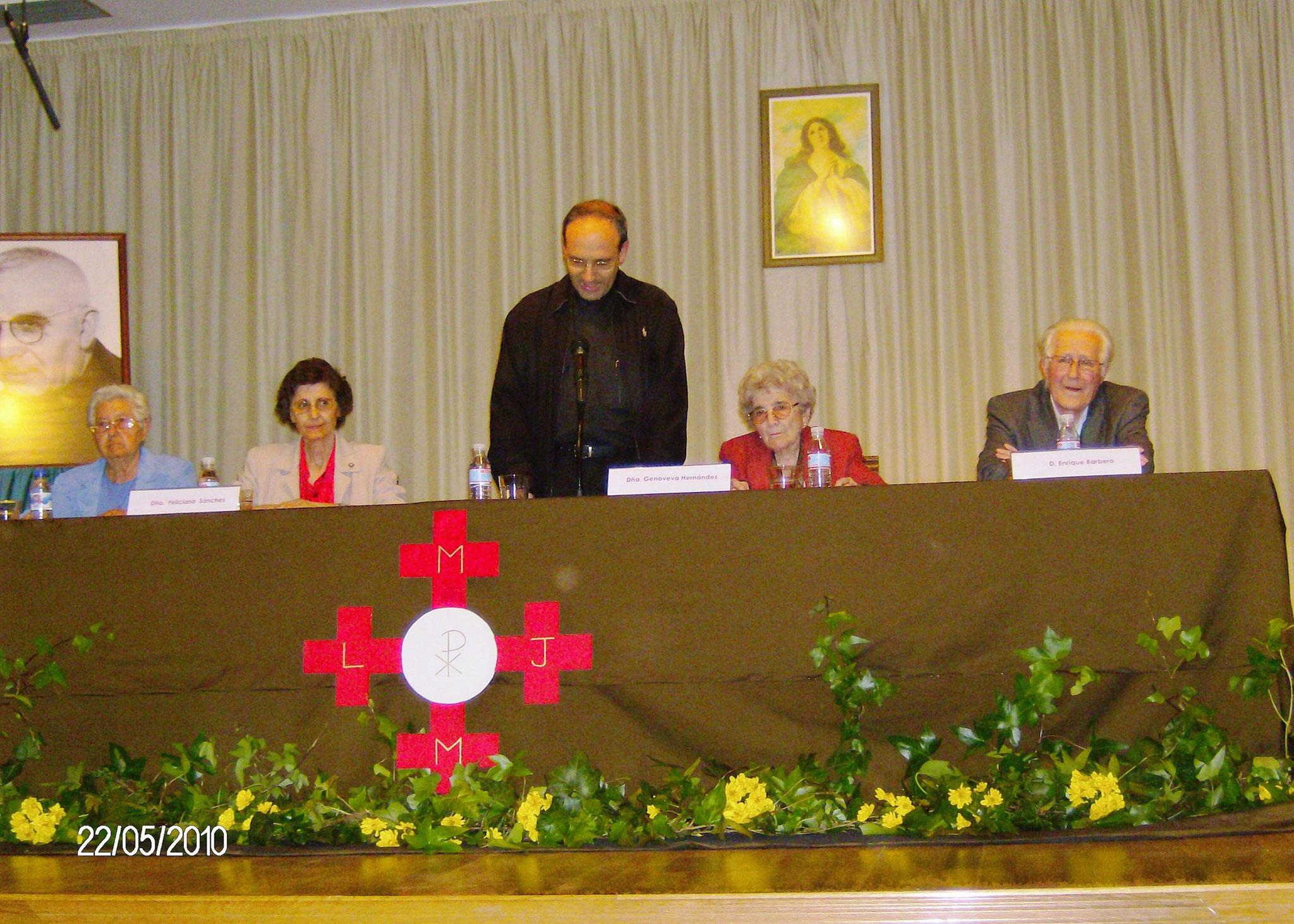 Presentación de la biografía de Ascensión escrita por Genoveva Hernández Alonso en Vollacañas el pueblo natal de Ascensión