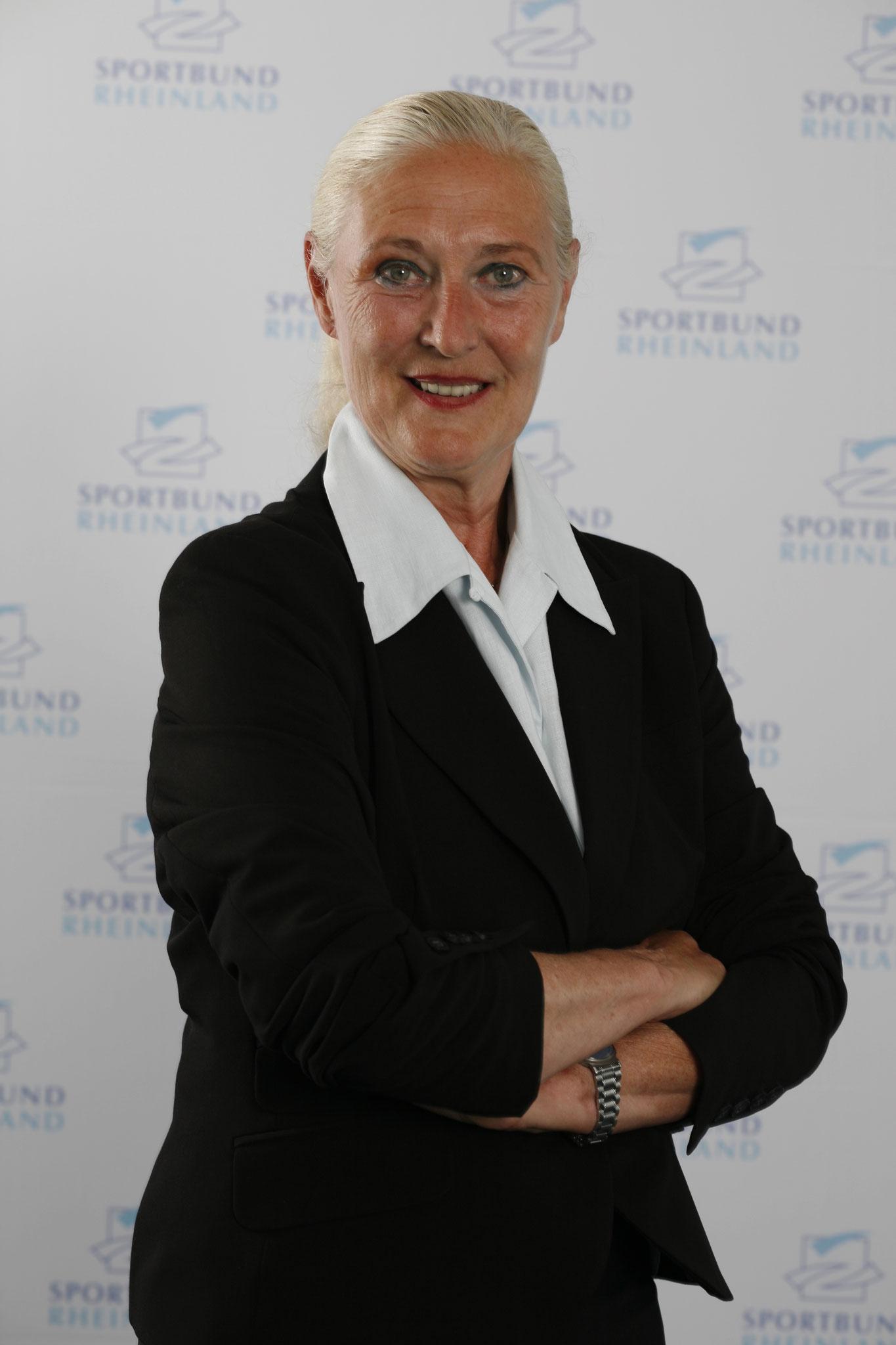 Monika Sauer