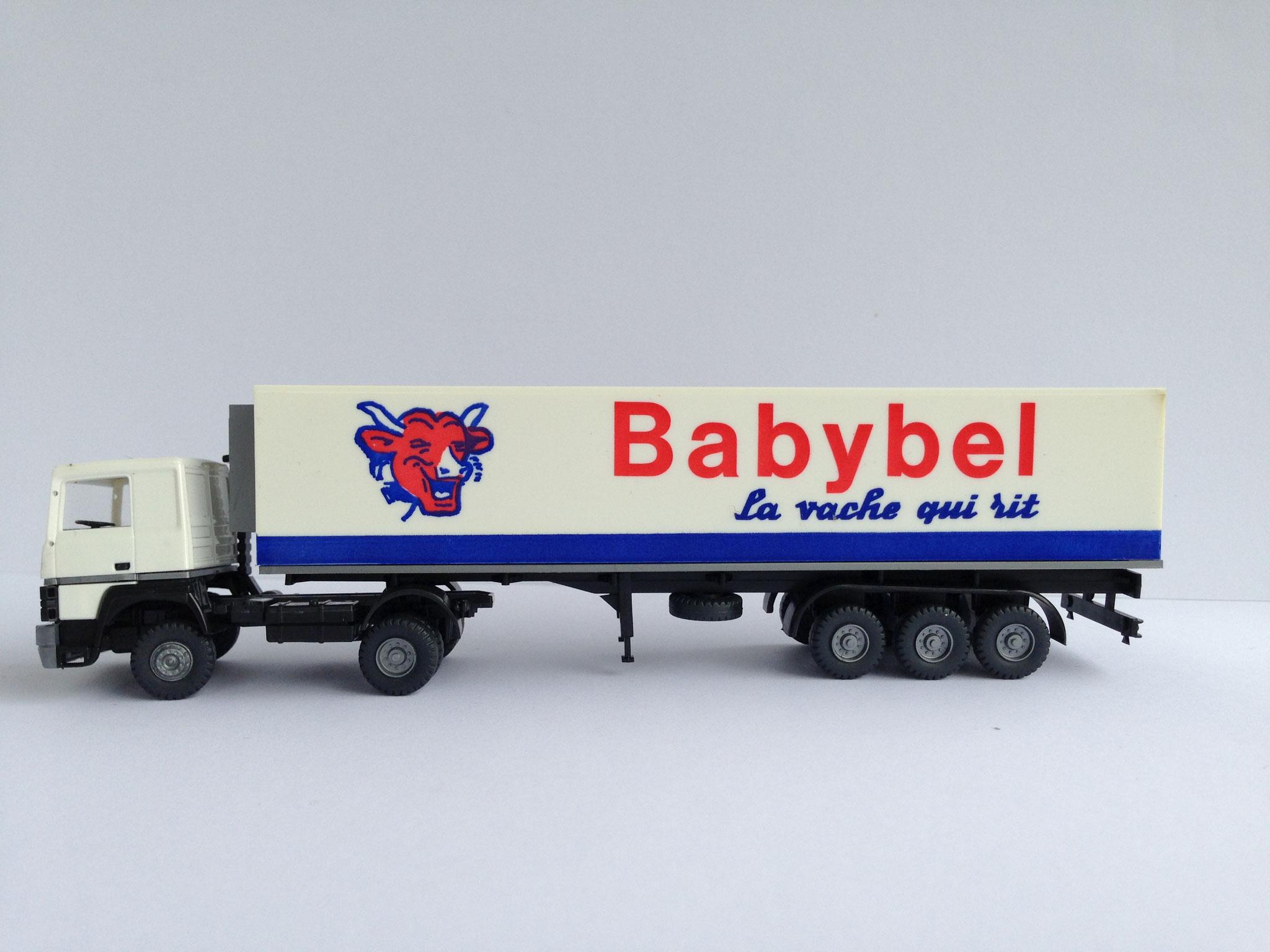 Babybel Sattelzug mit 3-Achs-Kühlauflieger, Art. Nr. 737 (ab 1989 im Programm)