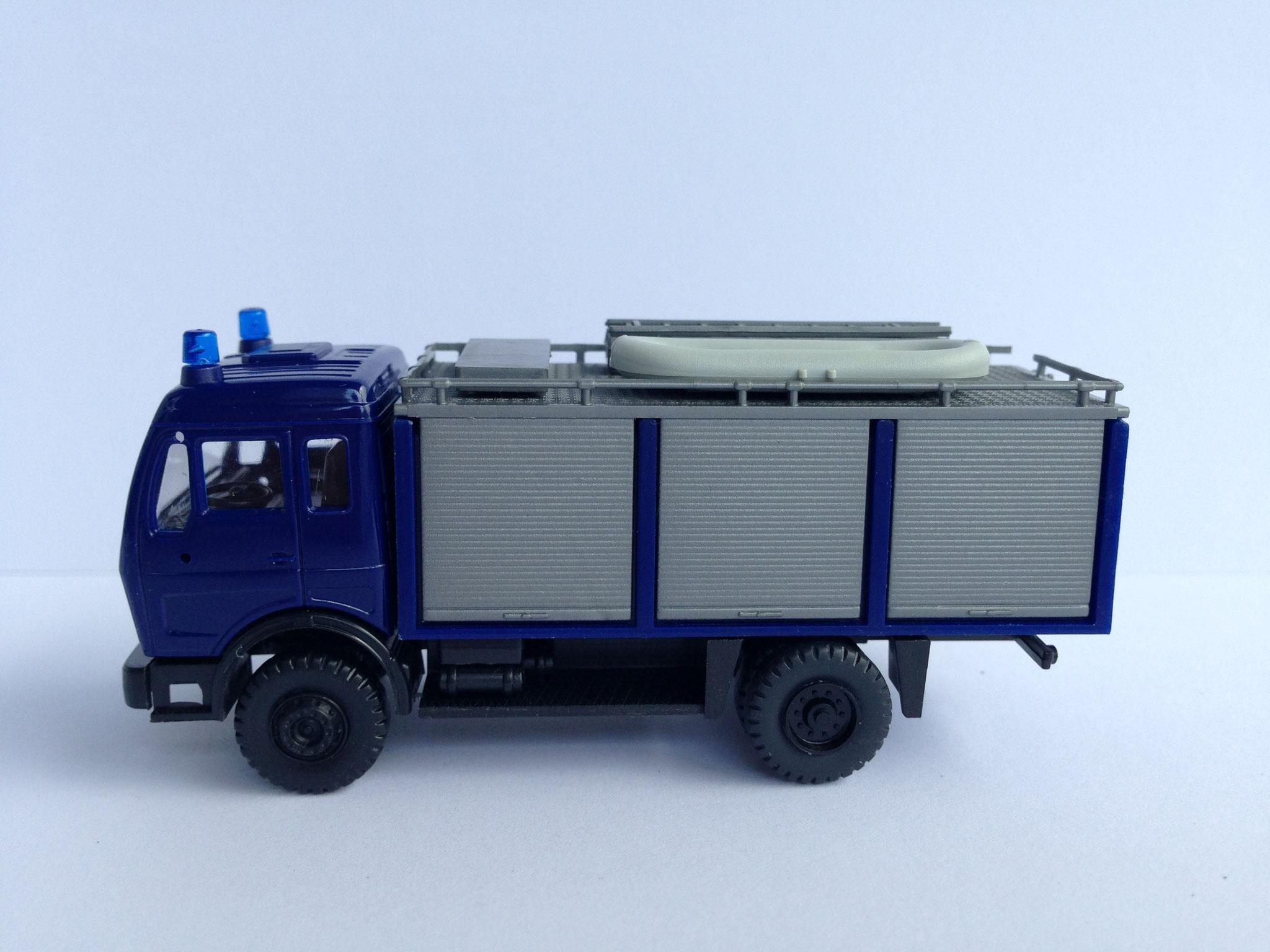 THW, 2-Achser-Rüstwagen blau, Art. Nr. 453 (ab 1985 im Programm)