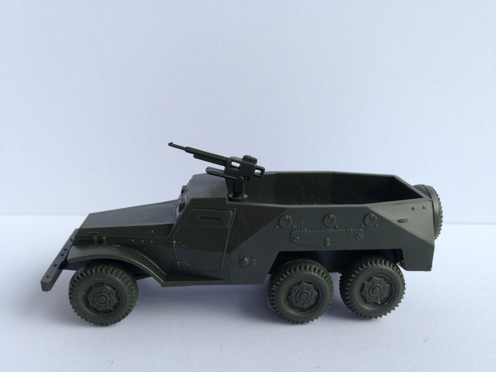 BTR 152 C 6-Rad-Schützenpanzer, Art. Nr. 11 (ab 1965 im Programm)