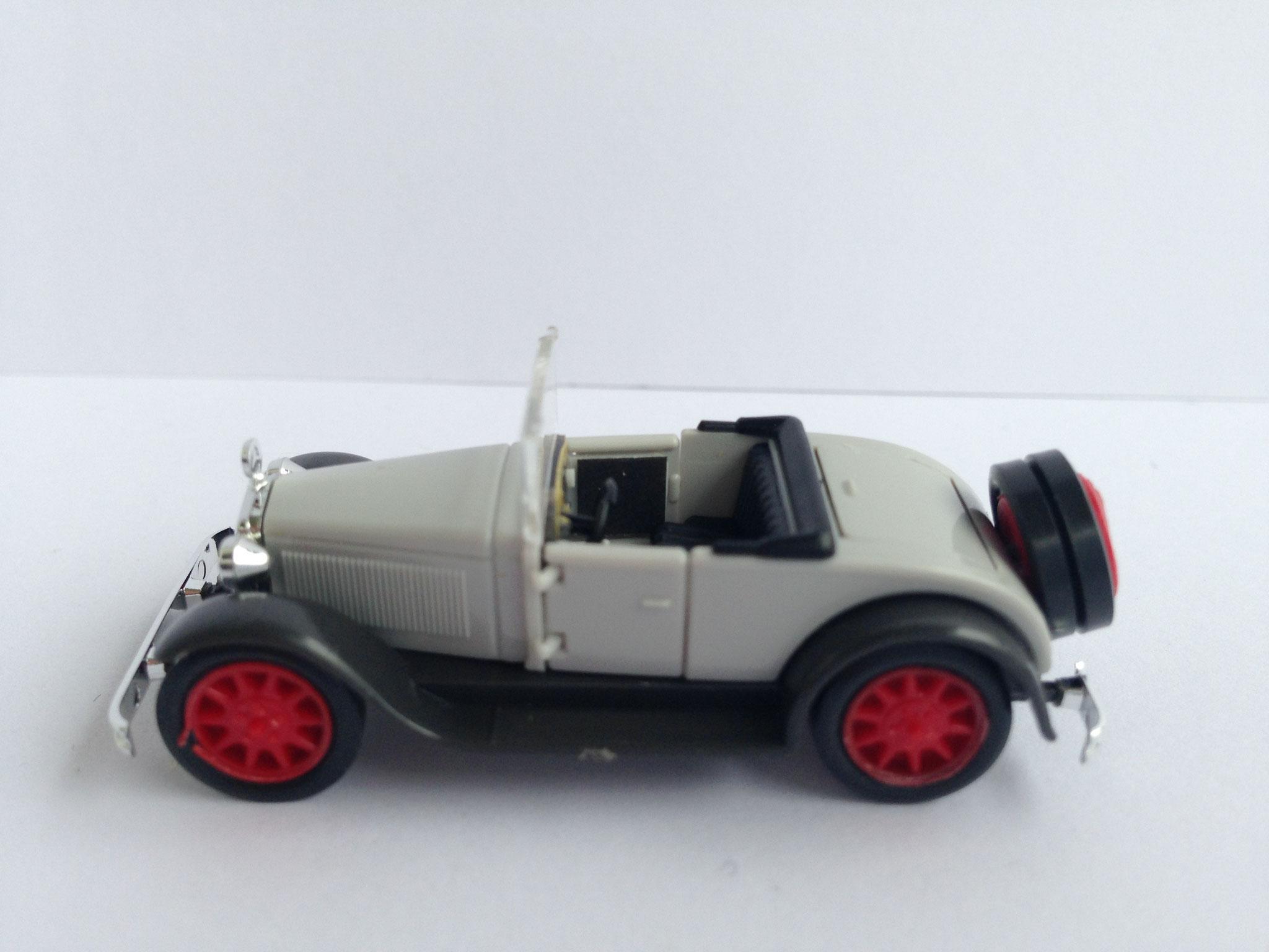 Mercedes Typ Stuttgart Cabrio offen, grau, Art. Nr. 212 (ab 1992 im Programm)