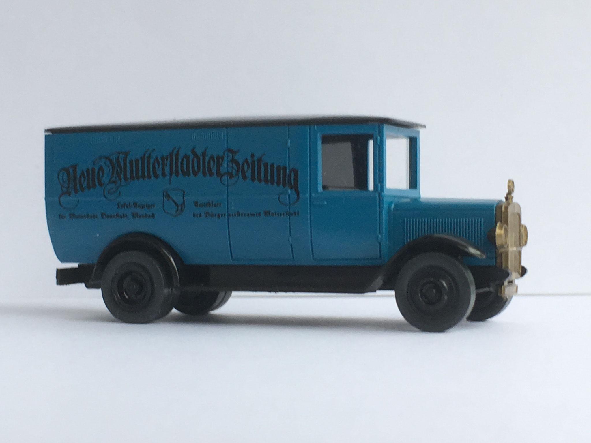Mercedes L2 Zeitungsauto Neue Mutterstadter Zeitung, blau, Variante mit schwarzem Dach