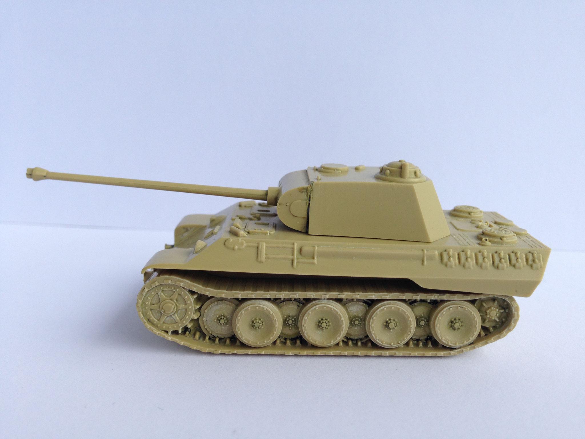 Panther, mittlerer Panzer der ehem. Deutschen Wehrmacht, Art. Nr. 49 (ab 1975 im Programm)