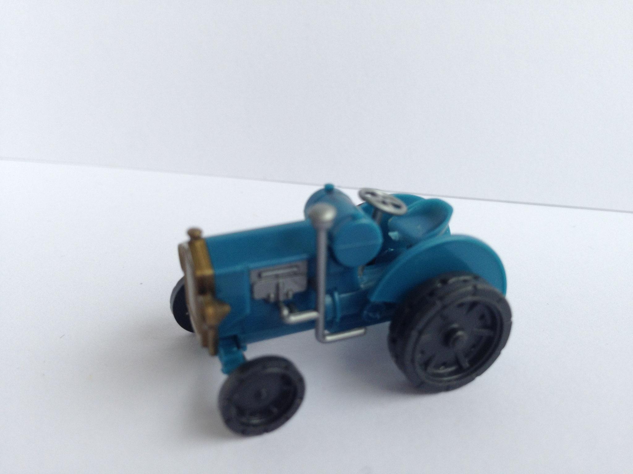 Hanomag WD-Radschlepper, blau, Art. Nr. 290 (ab 1991 im Programm)