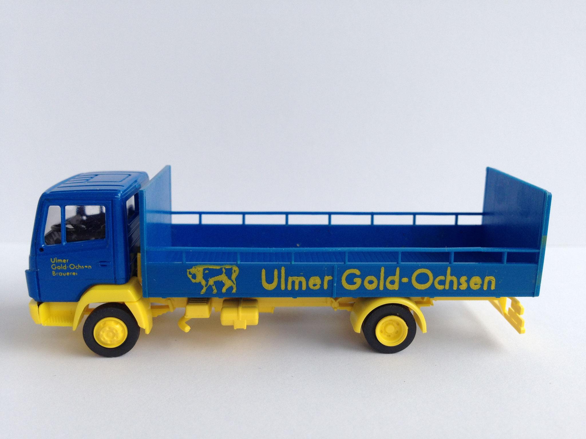 Gold Ochsen, 2-Achser Bierauto mit Pritsche, Art. Nr. 545 (ab 1988 im Programm)