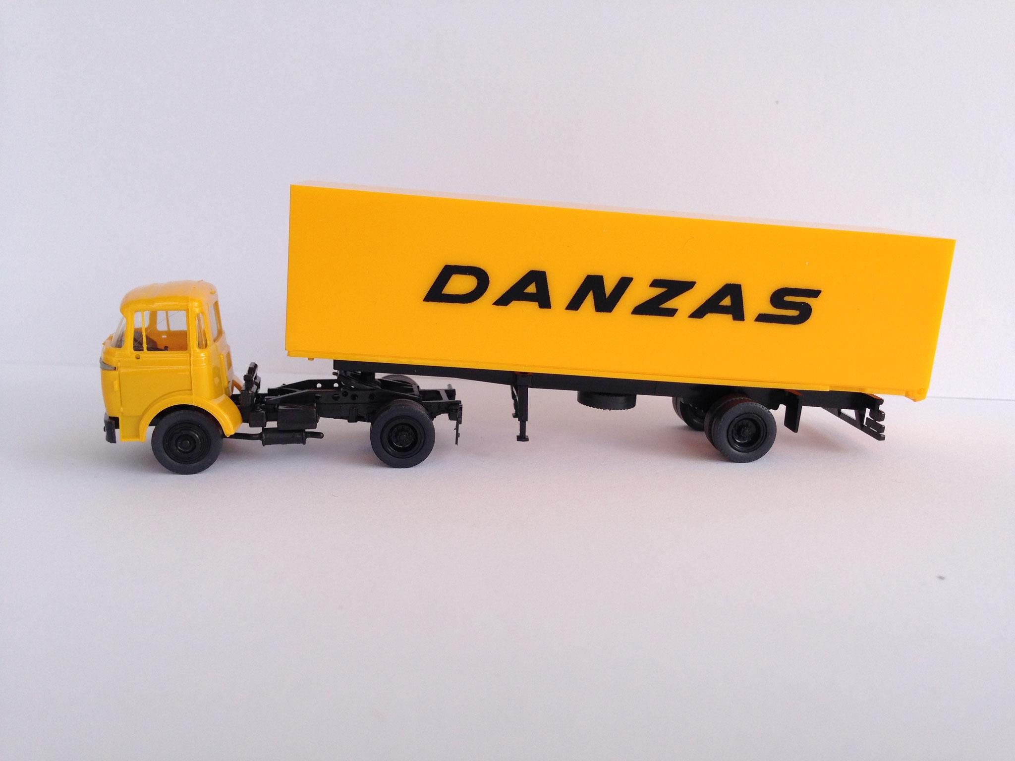 Danzas Sattelzug mit 1-Achs-Auflieger, Kasten, Art. Nr. 473 (ab 1987 im Programm)