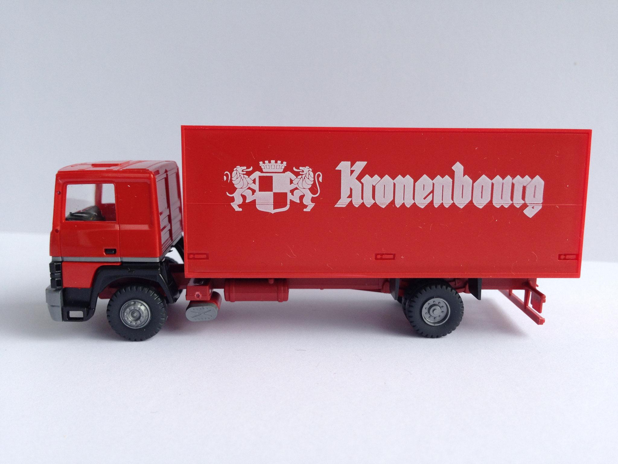 Kronenbourg 2-Achser Kasten, Art. Nr. 731 (ab 1987 im Programm)