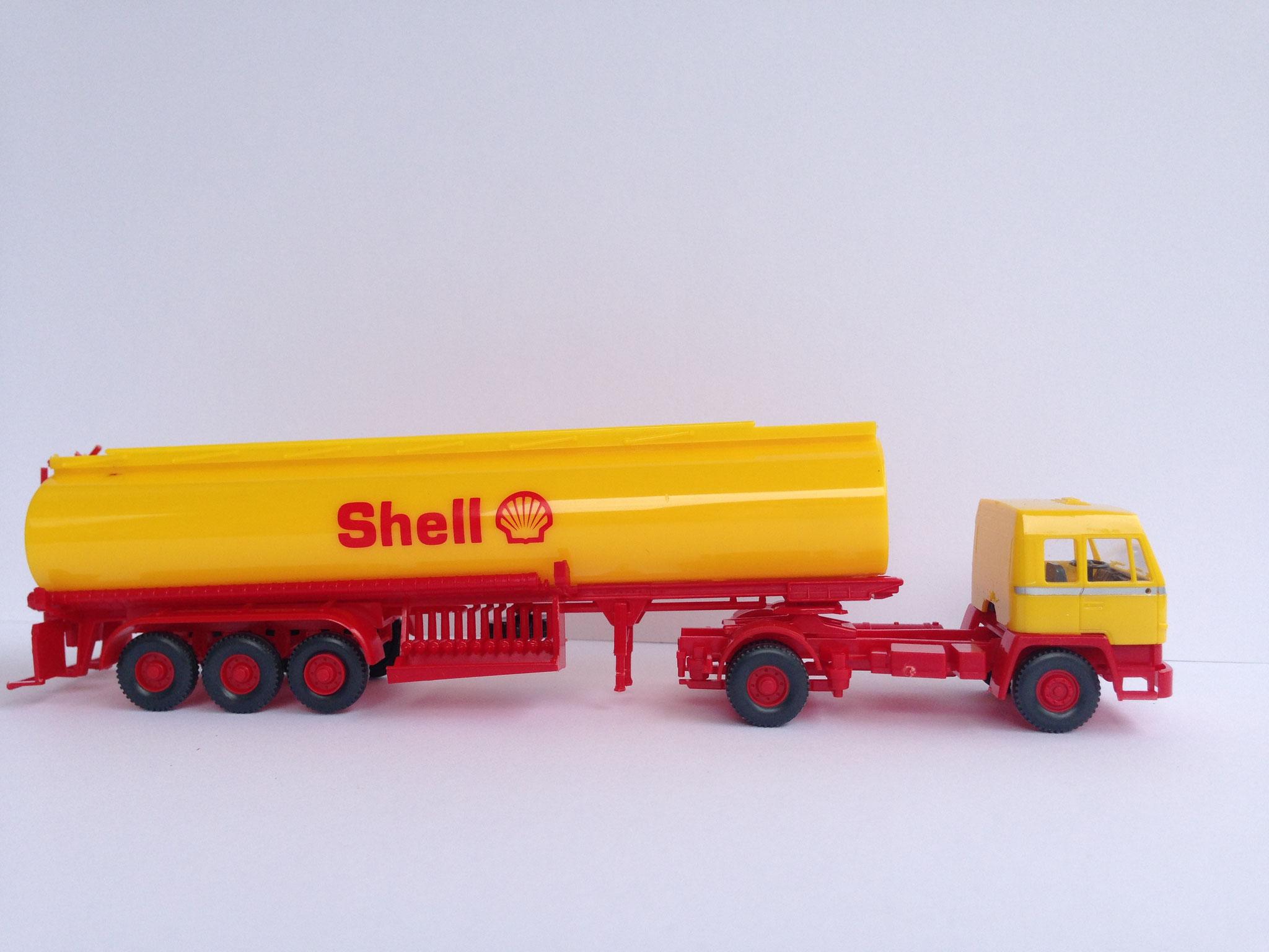 Shell Sattelzug mit 3-Achs-Tankauflieger (von Wiking unter dem Label Roskopf), Art. Nr. 411 (ab 1996 im Programm)