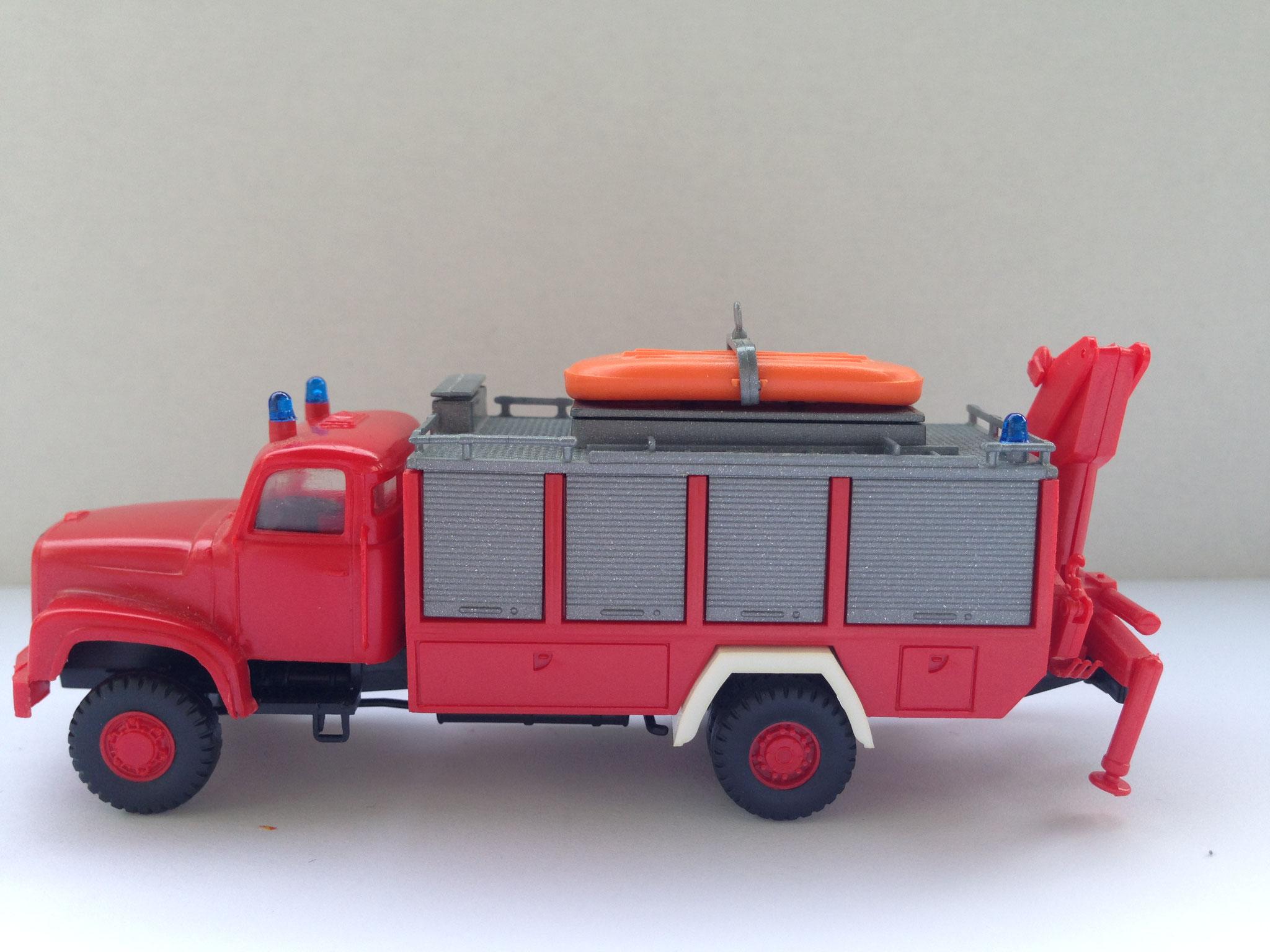 Feuerwehr 2-Achser-Rüstwagen, Rosenbauer-Aufbau, Art. Nr. 442 (ab 1985 im Programm)