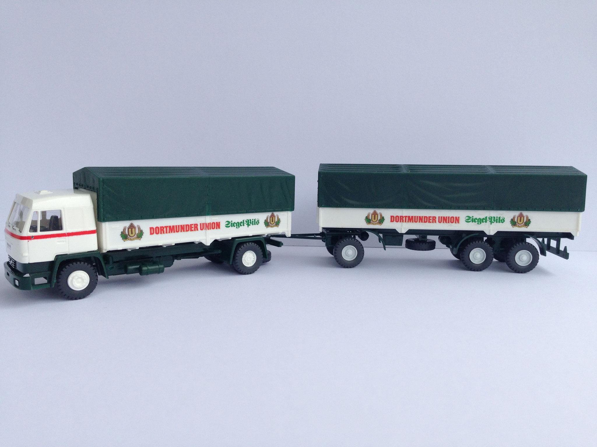 Dortmunder Union 2-Achser Bierwagen, Pritsche/Plane, Art. Nr. 611 (ab 1989 im Programm) und 3-Achs-Anhänger, Art. Nr. 611A (ab 1990 im Programm)