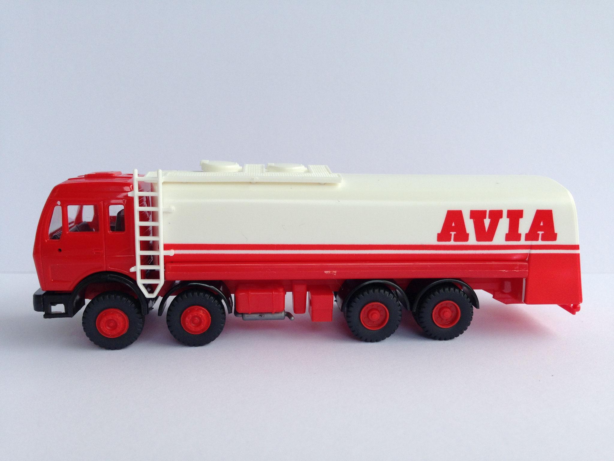 AVIA, 4-Achs-Tankwagen, Art. Nr. 528 (ab 1986 im Programm)