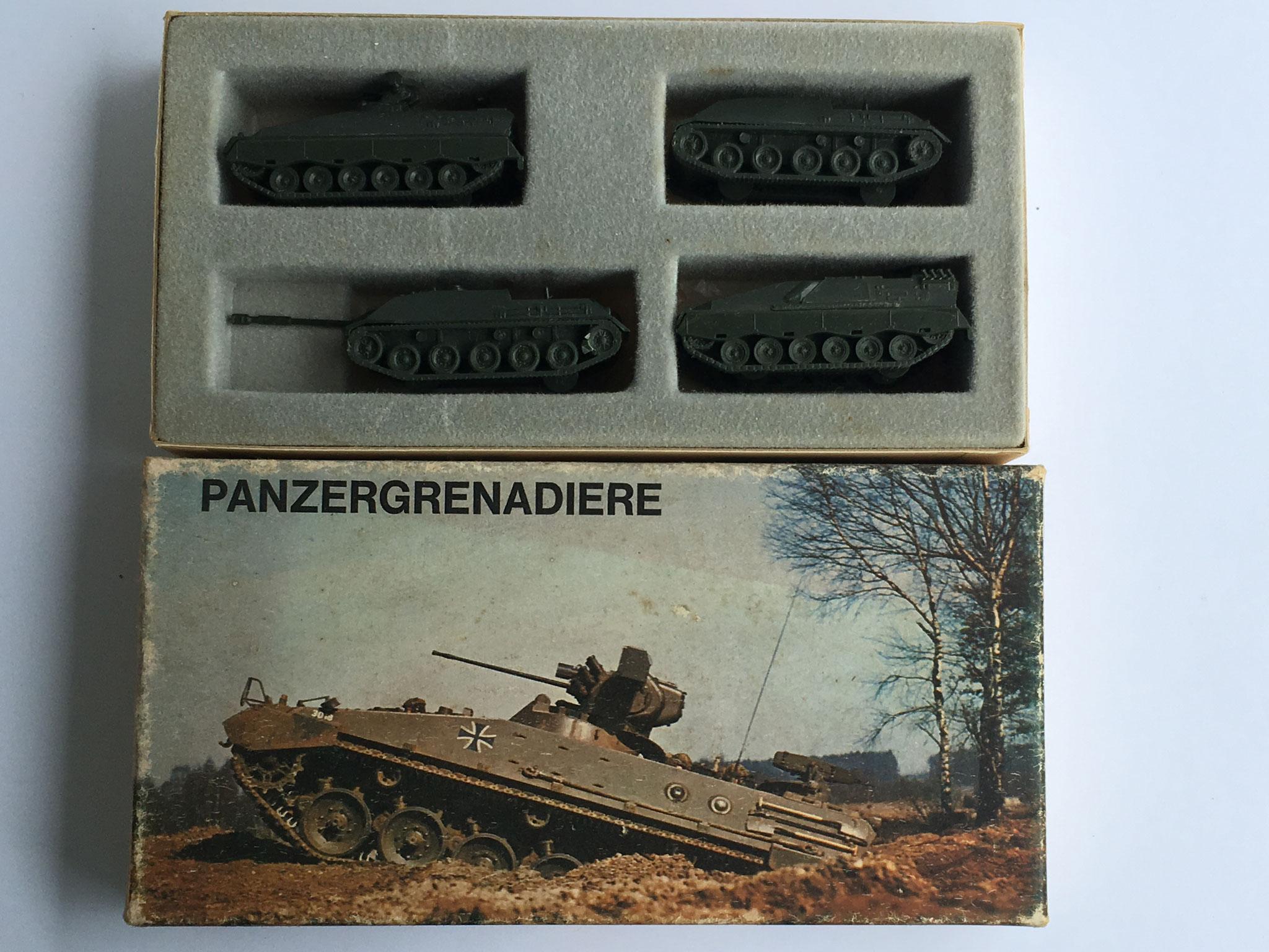 Geschenkpackung Panzergrenadiere, Art. Nr. 601 (ab 1971 im Programm)