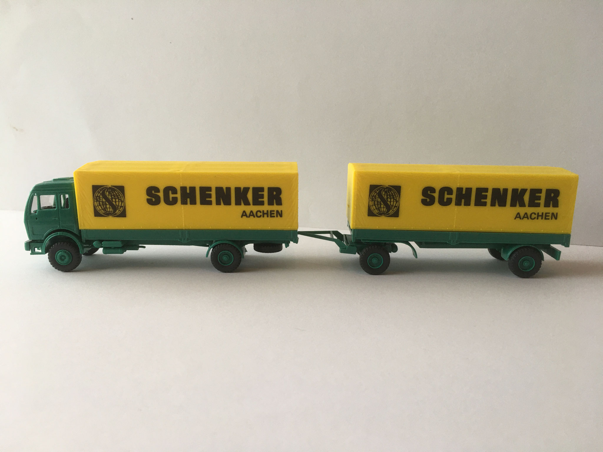 Die diversen Varianten vom Schenker 2-Achser mit 2-Achs-Anhänger, Art. Nr. HA-538 (1987)