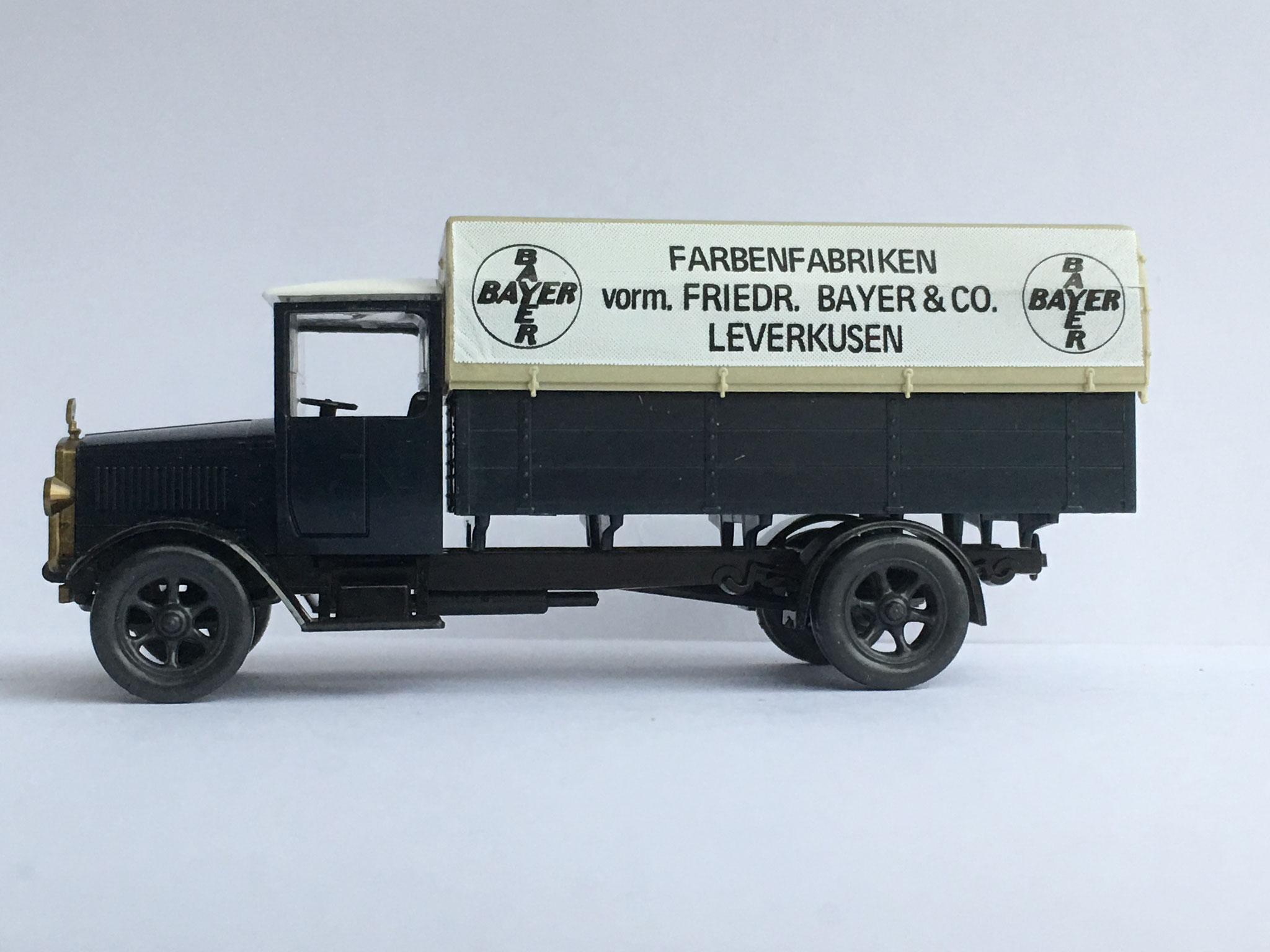 Mercedes L5, Pritschenwagen mit Plane, Farbenfabrik Bayer, Werbemodell für die Firma Bayer