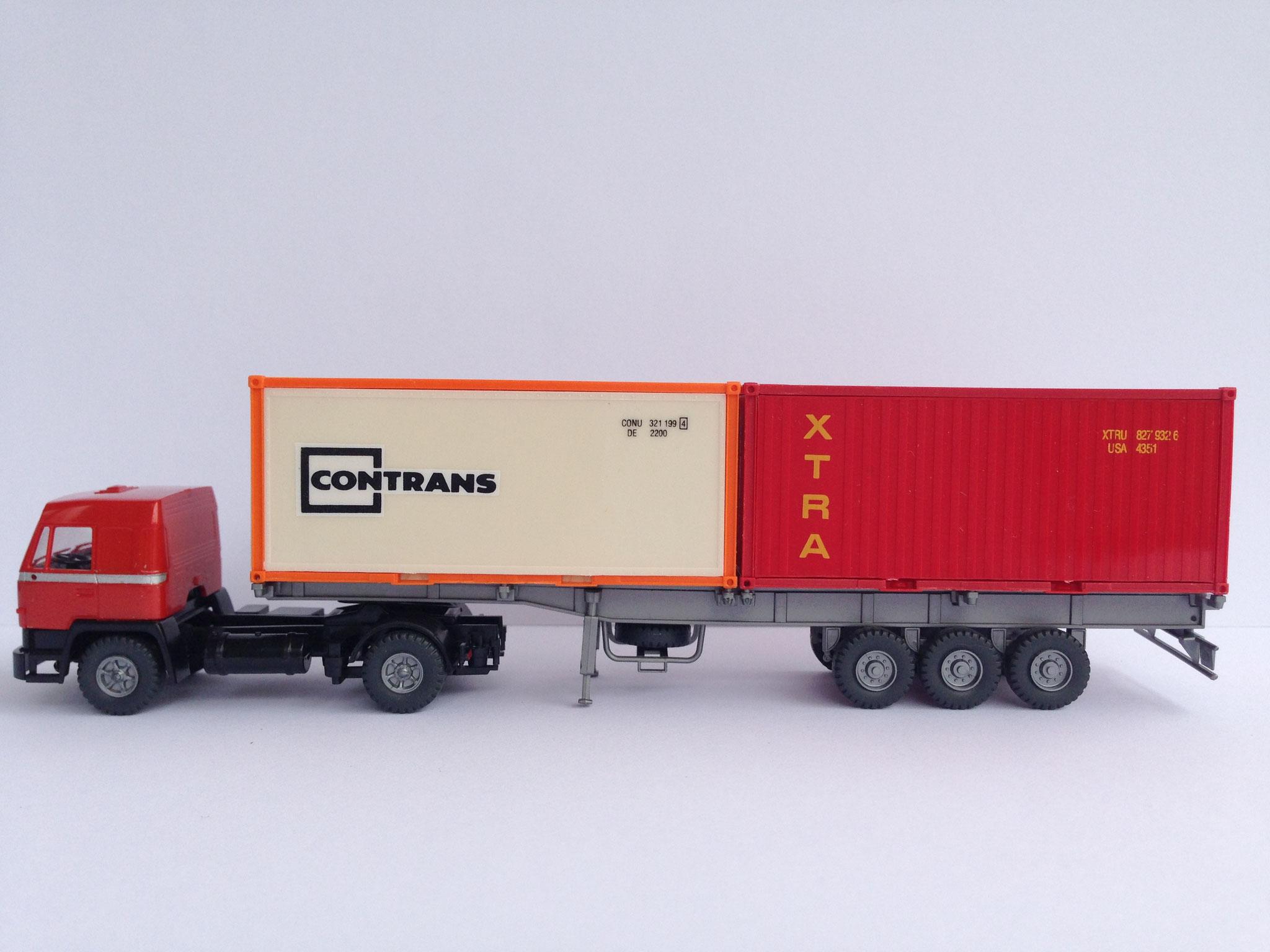 Sattelzug mit 3-Achs-Auflieger für Container mit 2 x 20' Container, Art. Nr. 485 (ab 1988 im Programm)