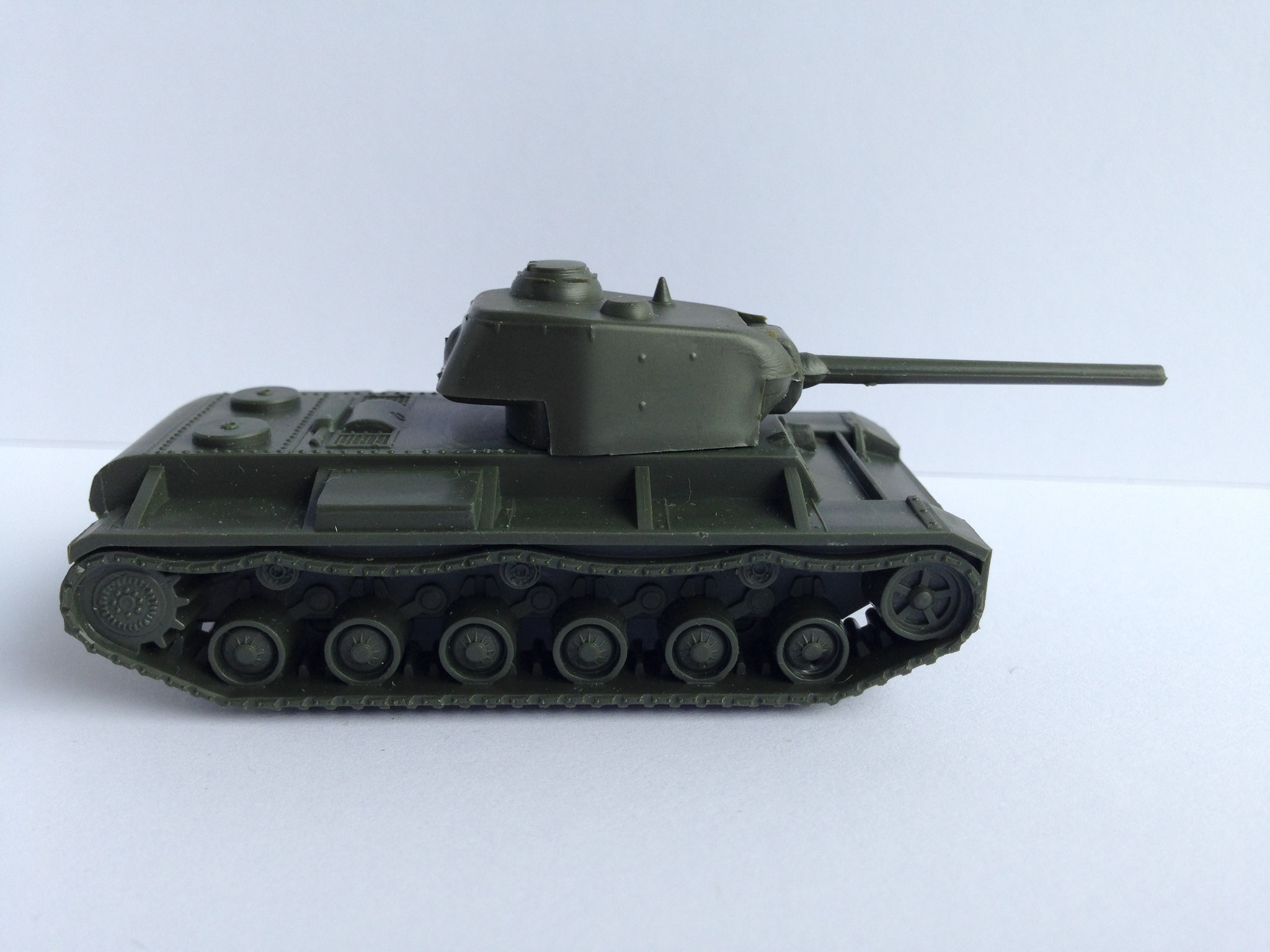 KW 85, Schwerer Panzer, Sowjetunion, Art. Nr. 7 (ab 1965 im Programm)