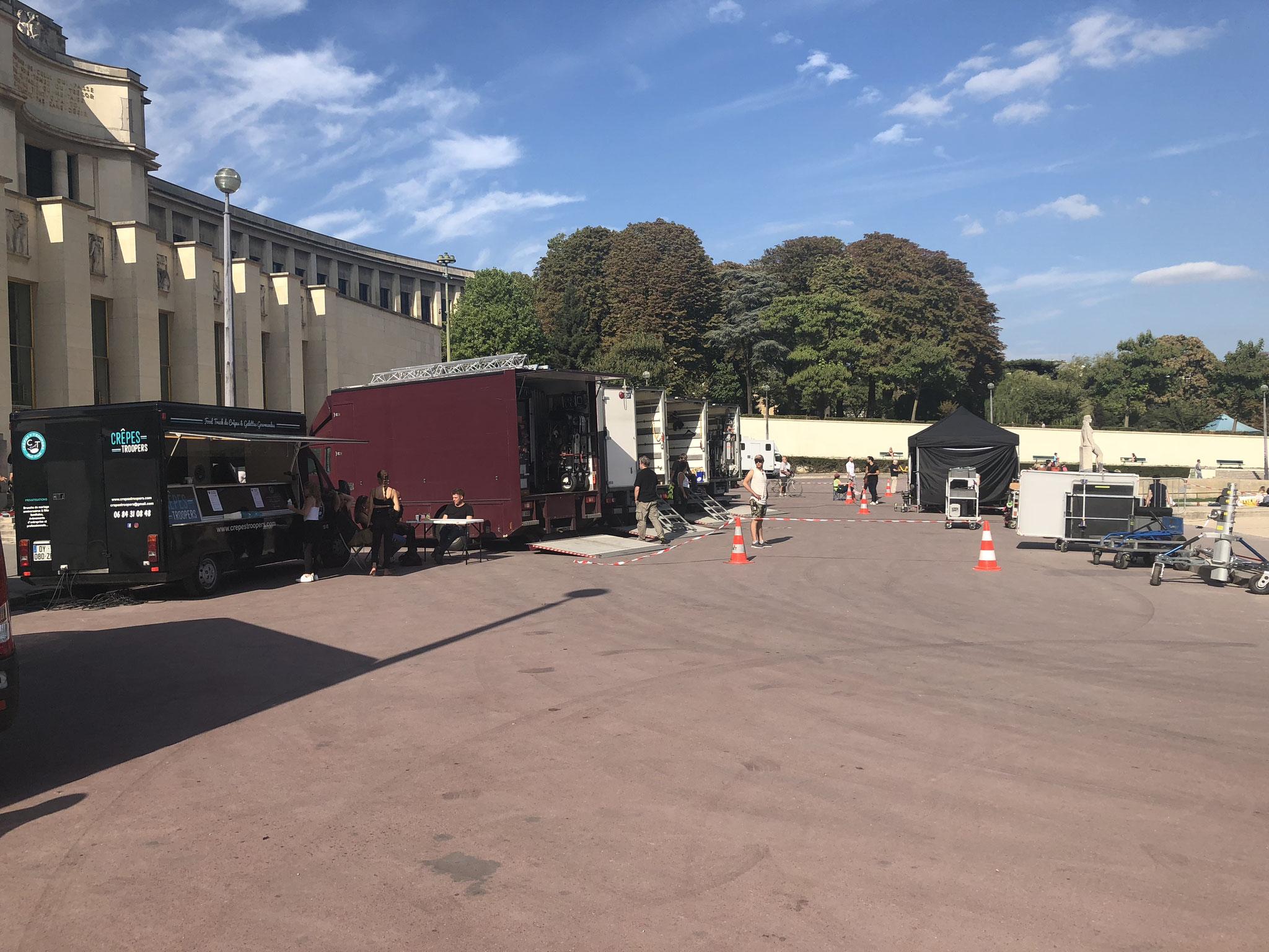 Crêpes Troopers Food Truck - Tournage de LENA REVES D'ETOILES - Trocadéro