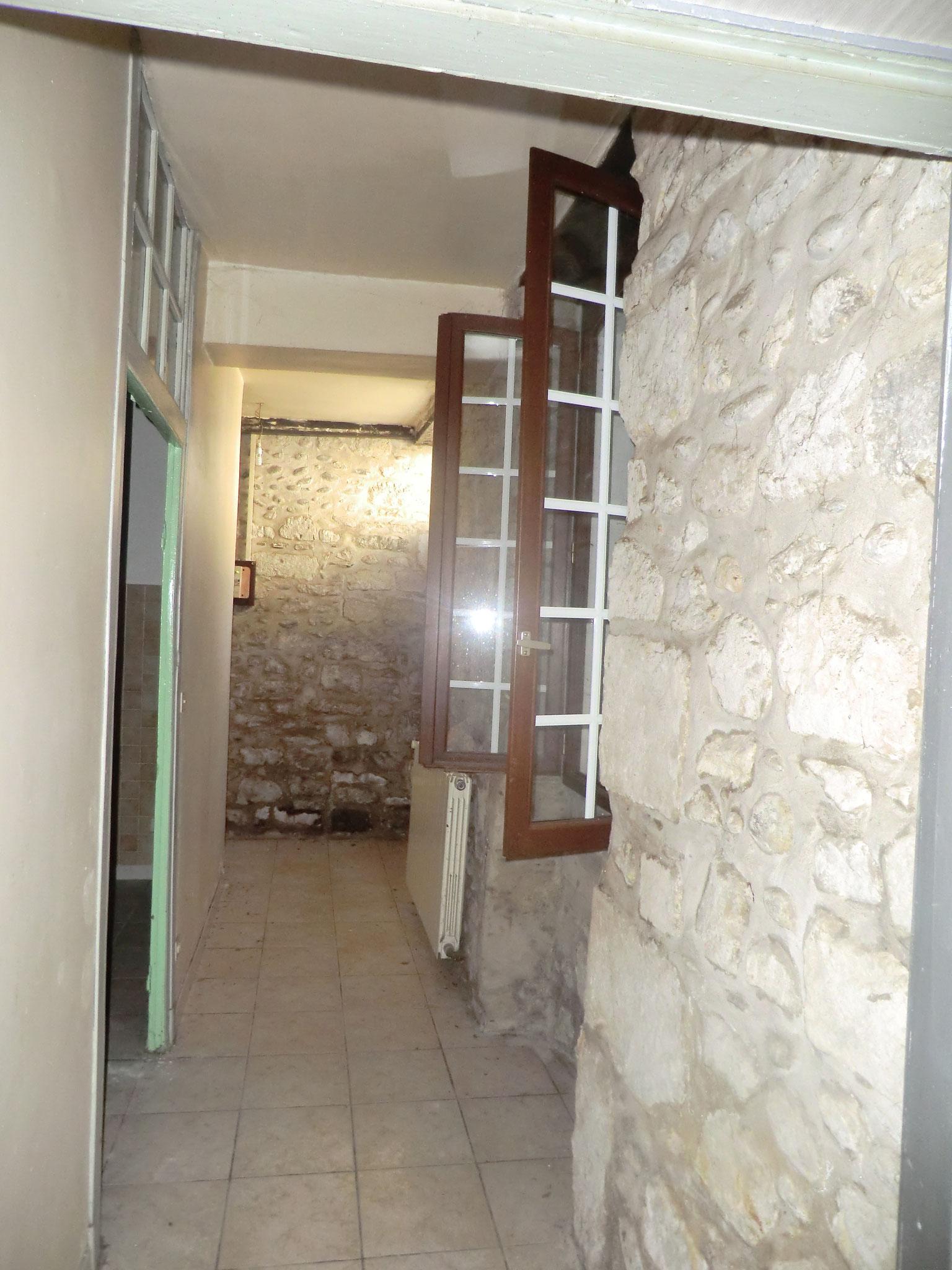 RDC - état initial du couloir (supprimé pour agrandir le futur salon)