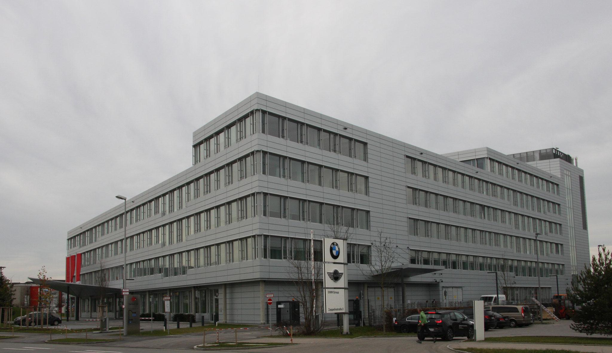 Neubau eines Bürogebäudes mit Tiefgarage und Rechenzentrum