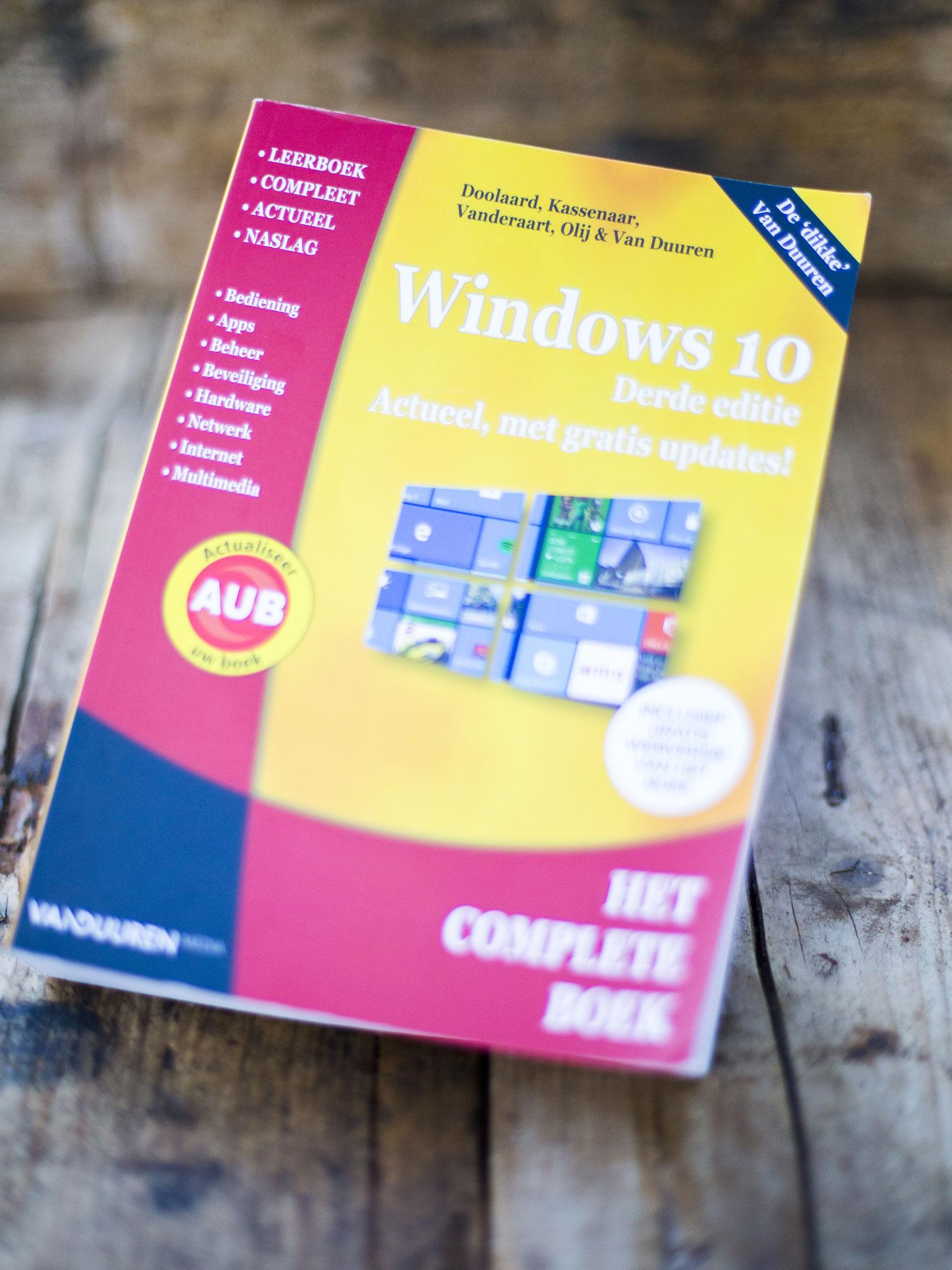 Windows 10 boek - Aangeboden door Boek & Buro