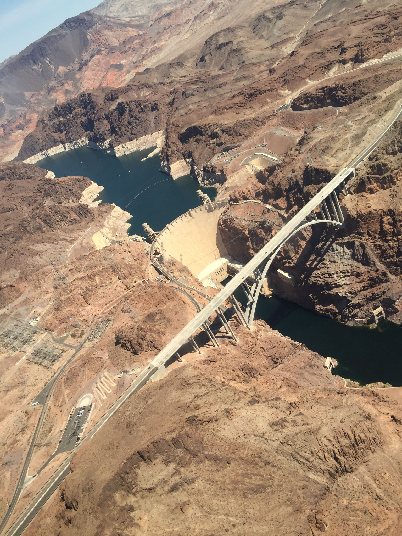 Überfliegen vom Hoover Damm