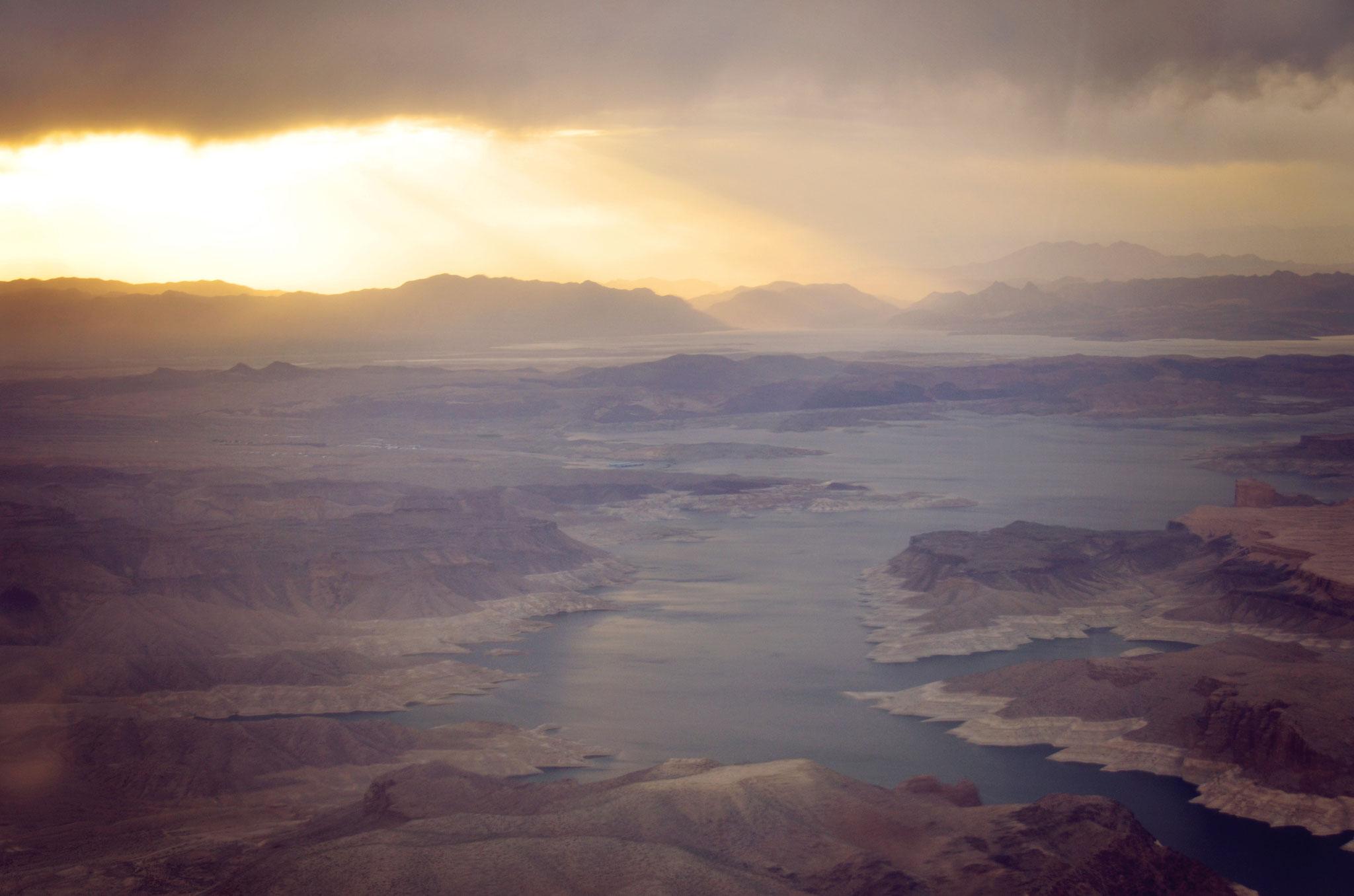 Aussicht beim Überflug von Lake Mead