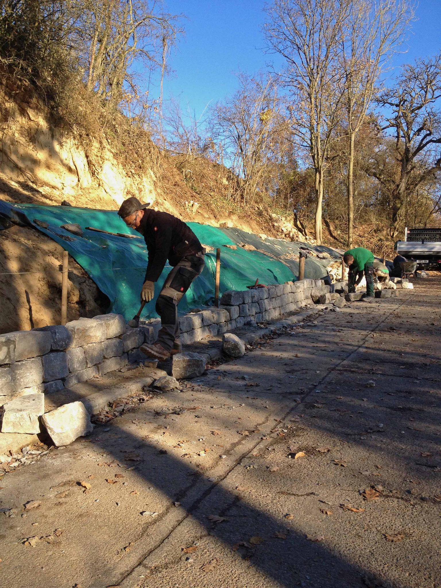 Ende 2018: Bauarbeiten zur Errichtung der Trockenmauern