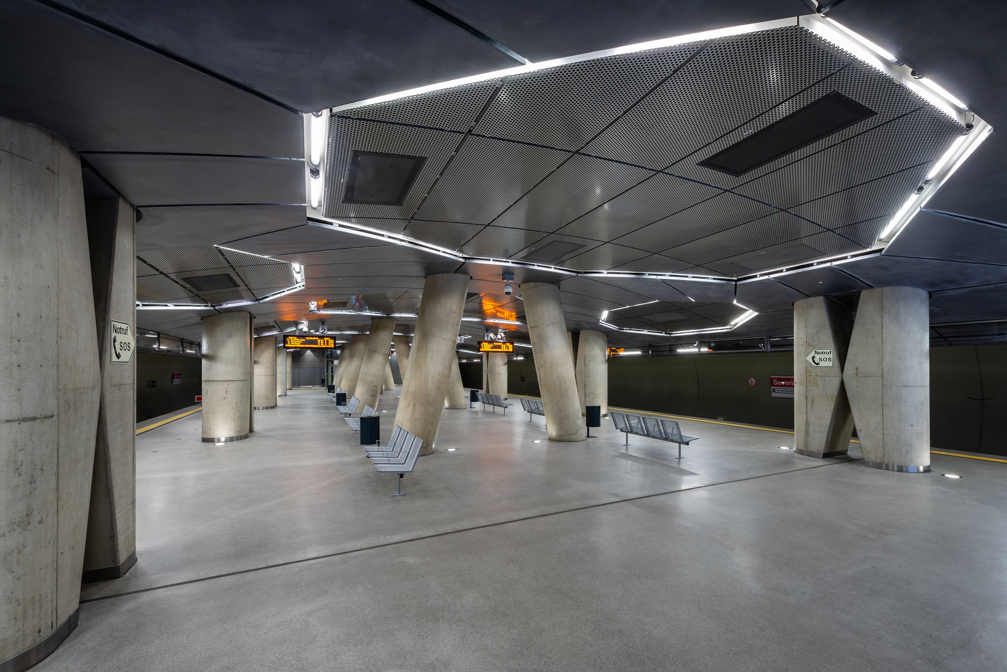 Architektur Fotografie im U Bahnhof Severinstrasse Köln