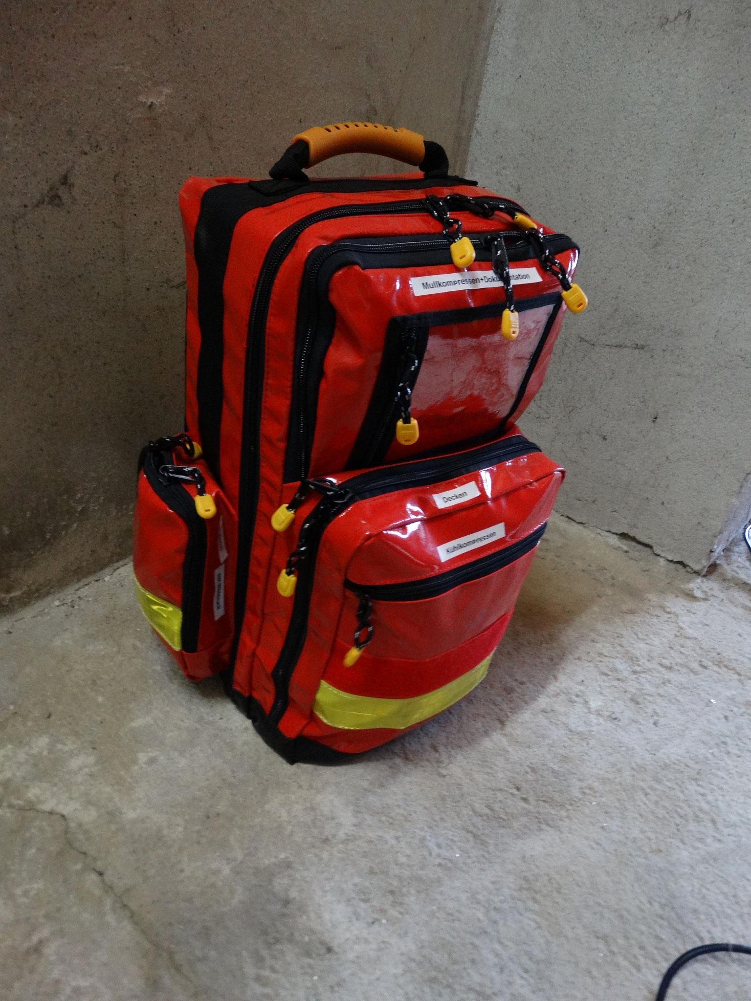 Notfallrucksack mit 2x Stifneck (1x Kinder, 1x Erwachsene)