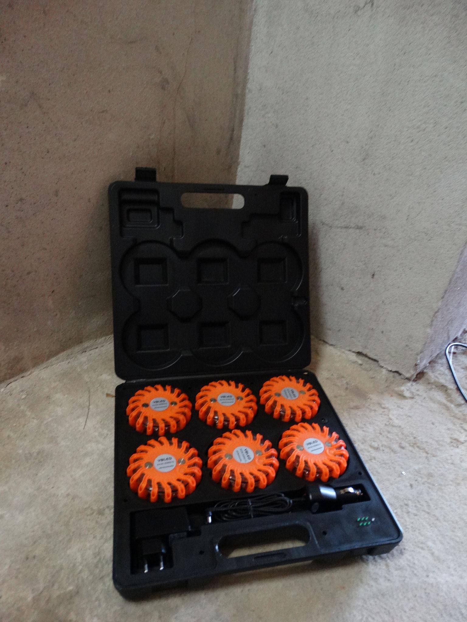 Koffer mit 6 Warnleuchten