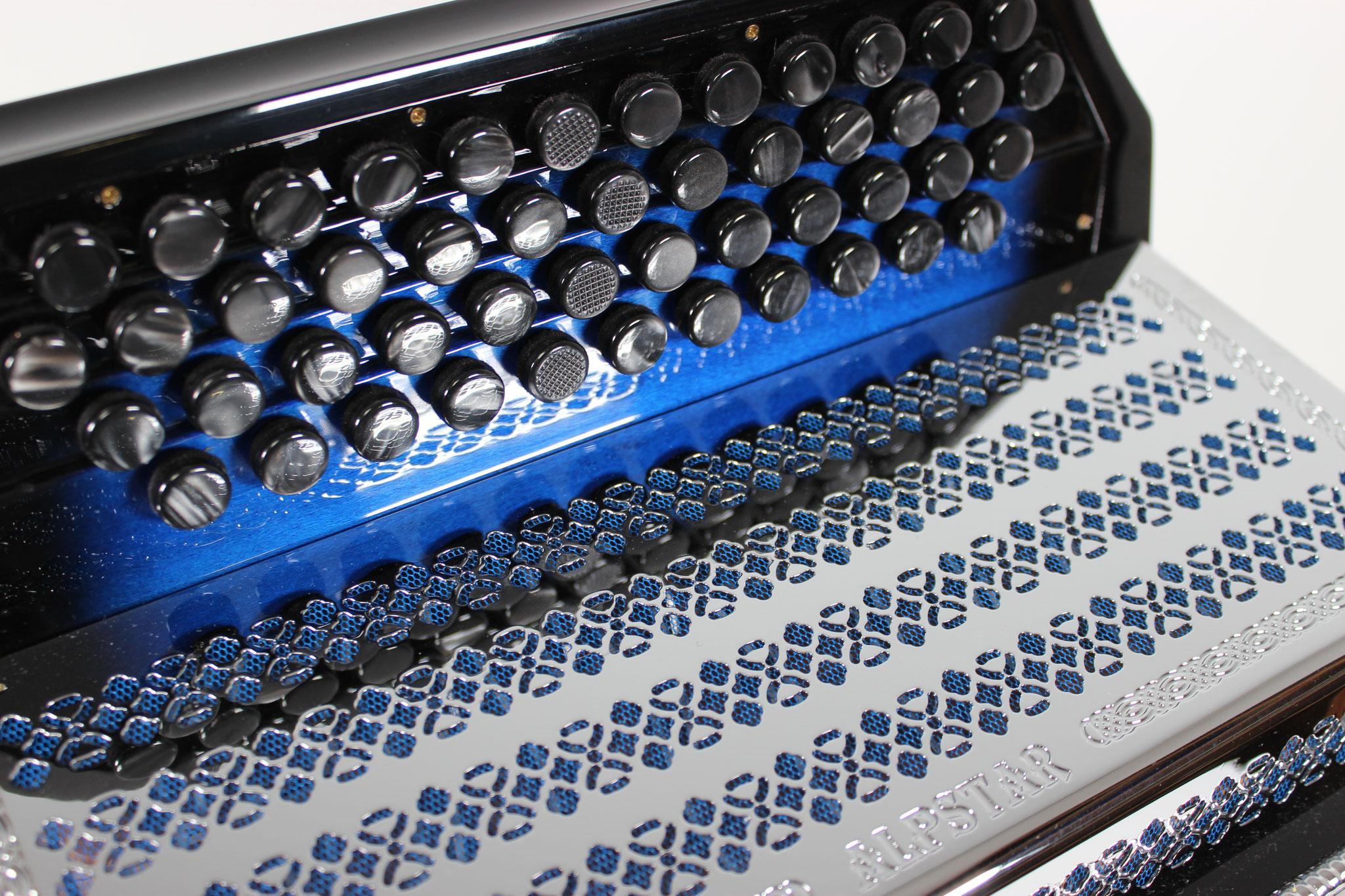 Beltuna Alpstar IV D de Luxe, blue sfumato