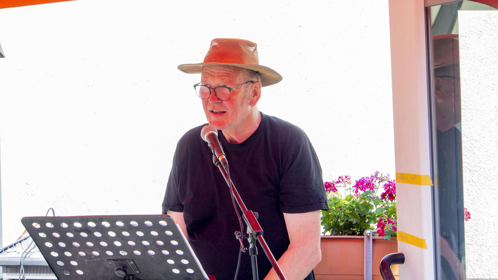 Peter Kühn bei der Eröffnungsrede