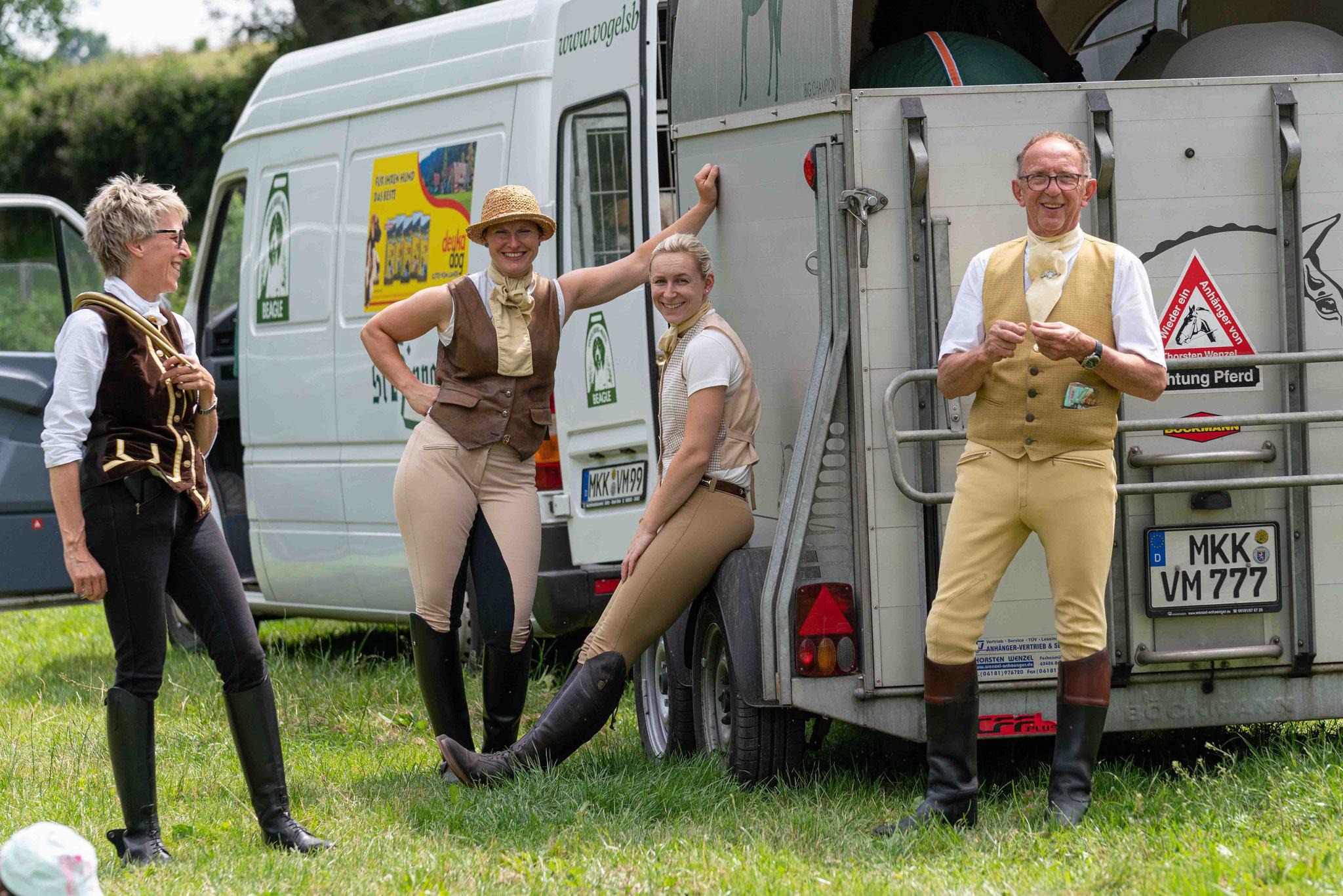 Jagdfotos vom Team @Givemeasmile.de auf der Fotojagd, Peter Jäger   #givemeasmilede  Schleppjagd Büdingen, Heuschleppe Rosenhof, 27.06.2020