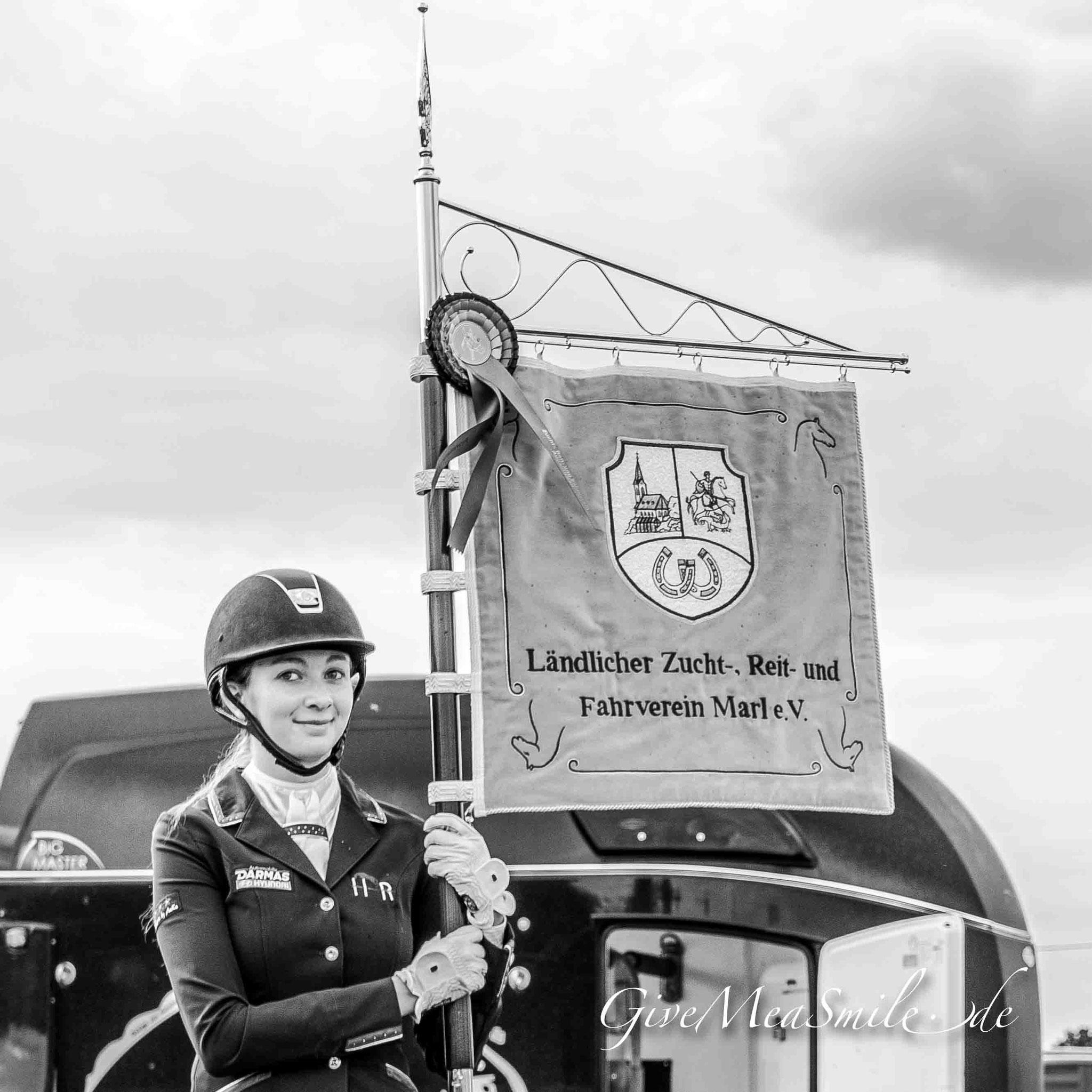 Jagdfotos vom Team @Givemeasmile.de auf der Fotojagd, Peter Jäger   #hofthier #givemeasmilede #beaglemeutemünsterland #foxhounds #beagles #jagdreiten #schleppjagd