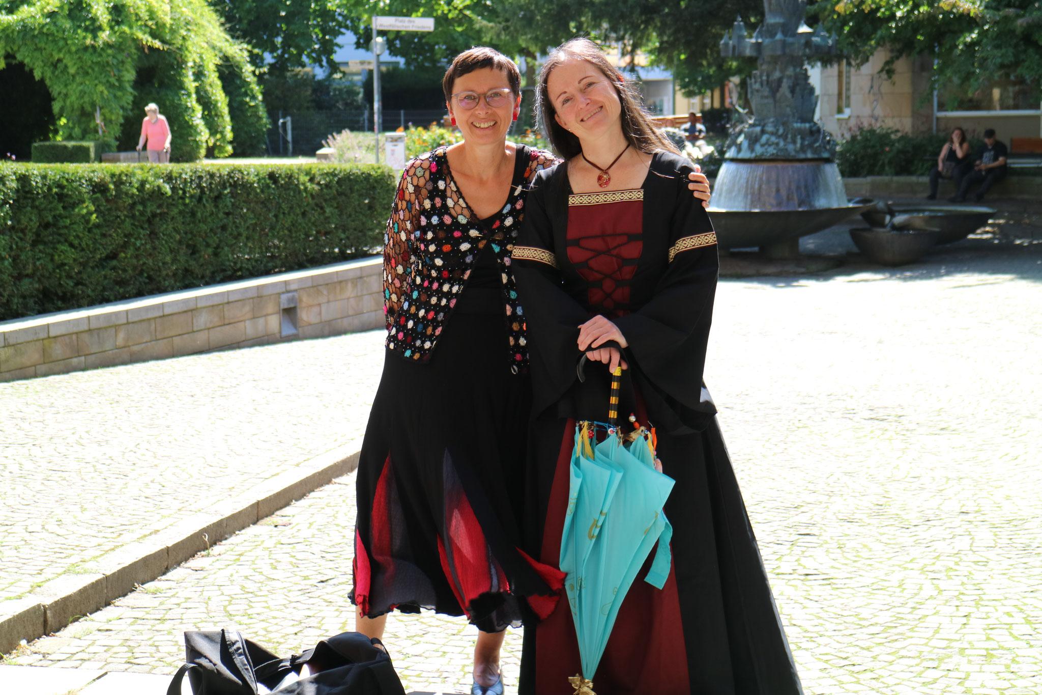 Osnabrücker Märchensamstag 2021 - Monika Gehle und Verena Maretzki Fotos: Erzähltheater Osnabrück / Sabine Meyer