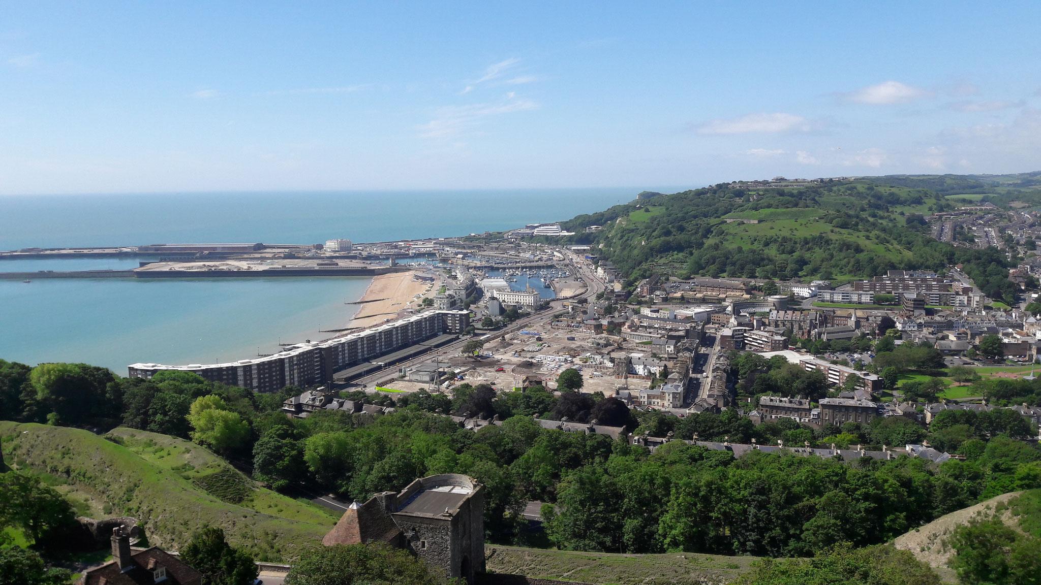 Blick von der Burg auf Dover